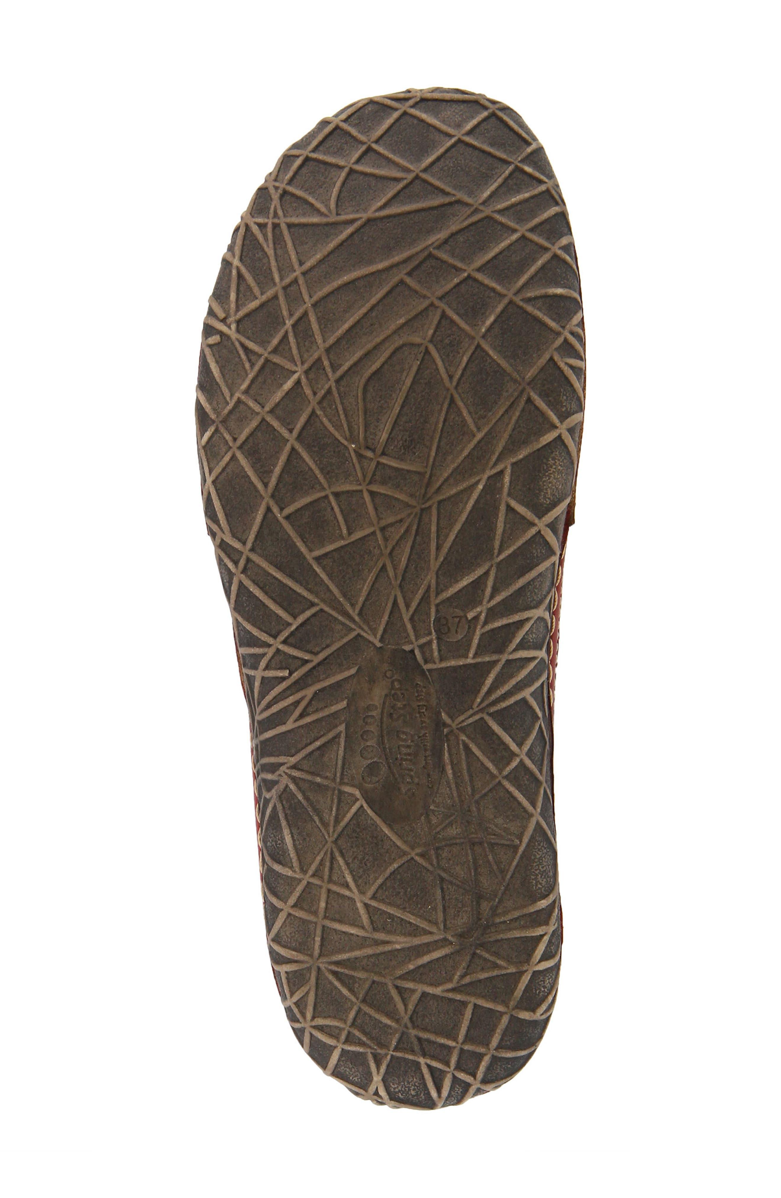 Alternate Image 5  - L'Artiste Libora Slip-On Flat (Women)