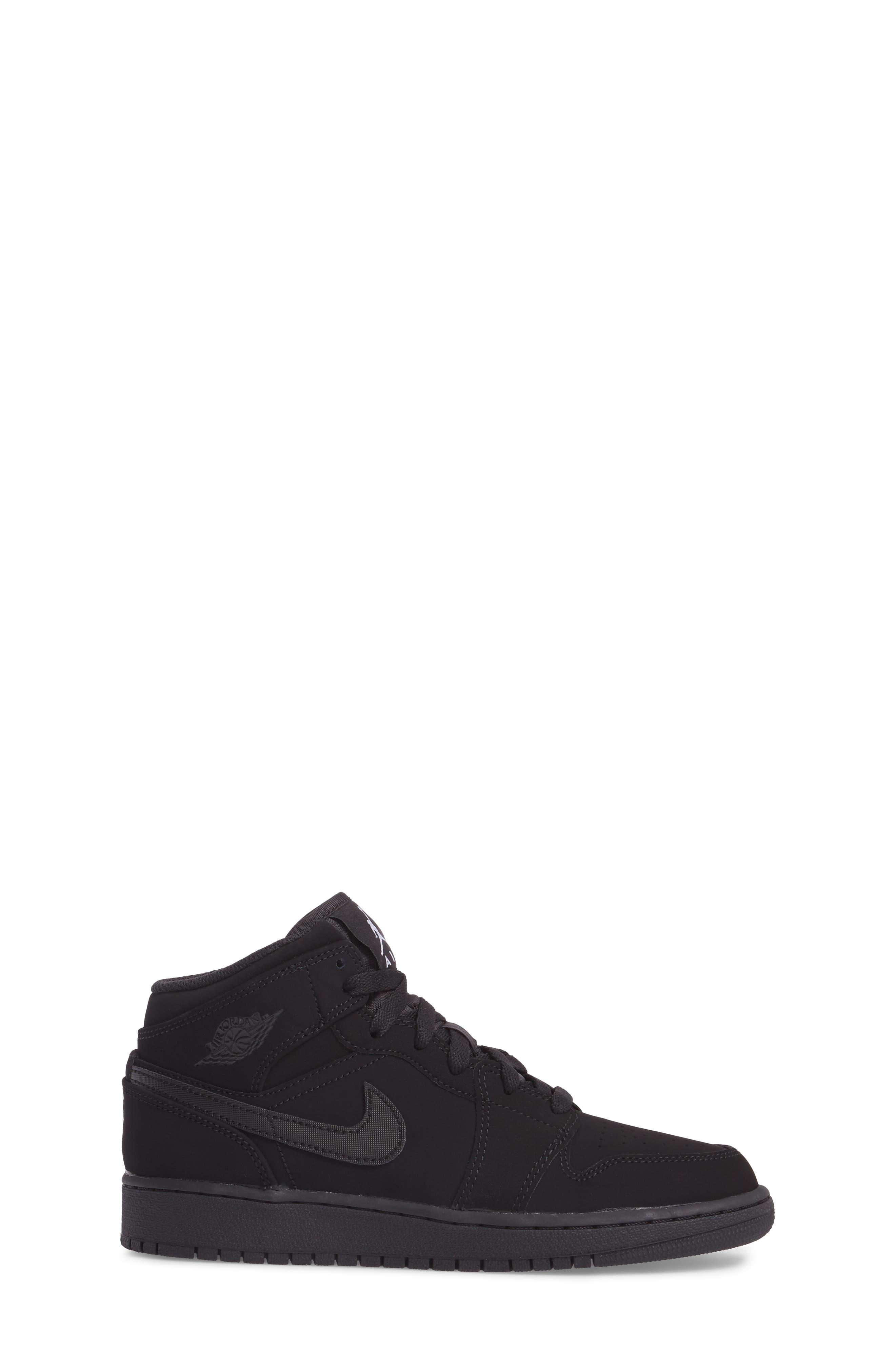 Nike 'Air Jordan 1 Mid' Sneaker,                             Alternate thumbnail 3, color,                             Black