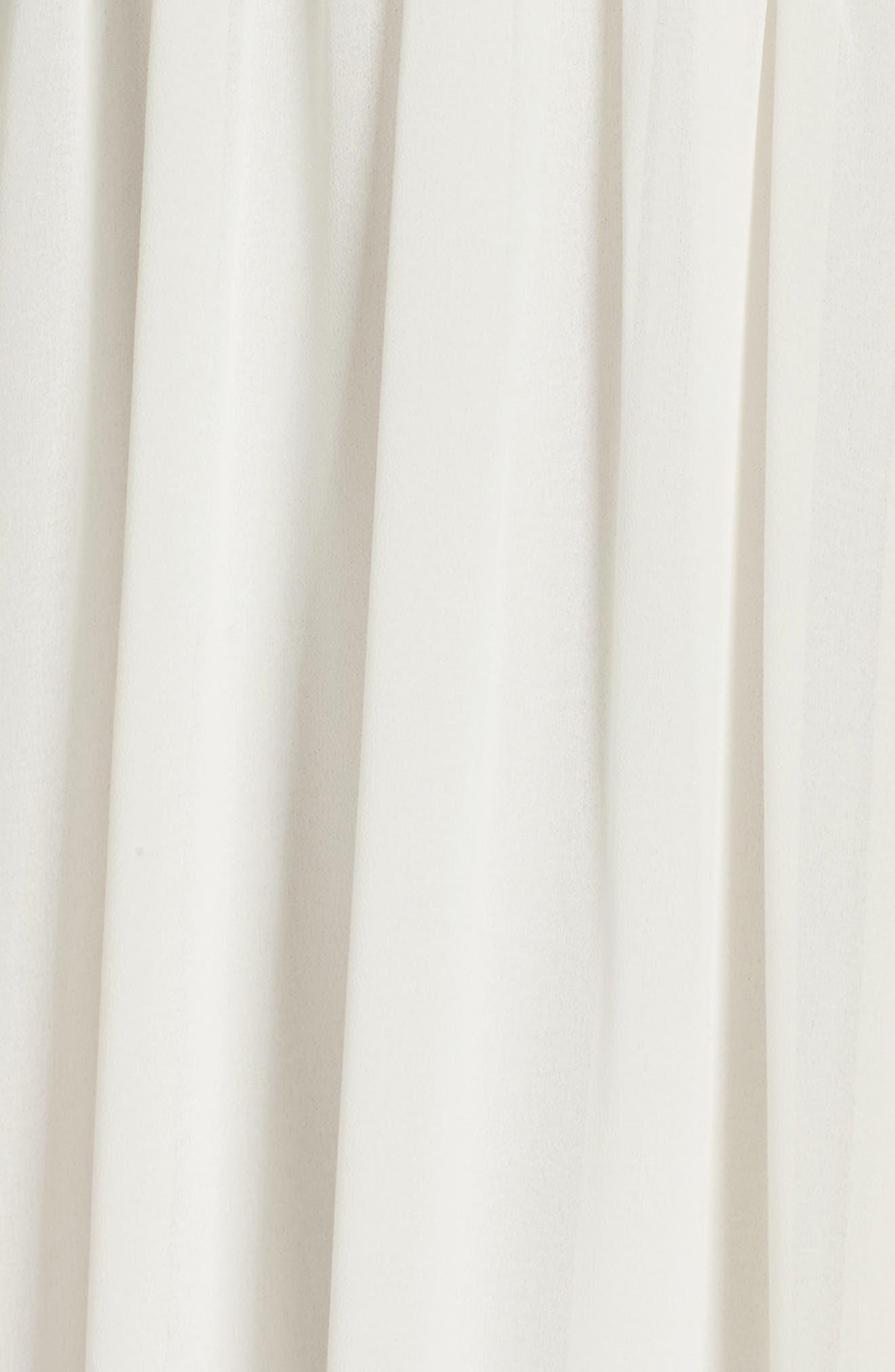 Alternate Image 5  - Lulus Sweetheart Chiffon Gown