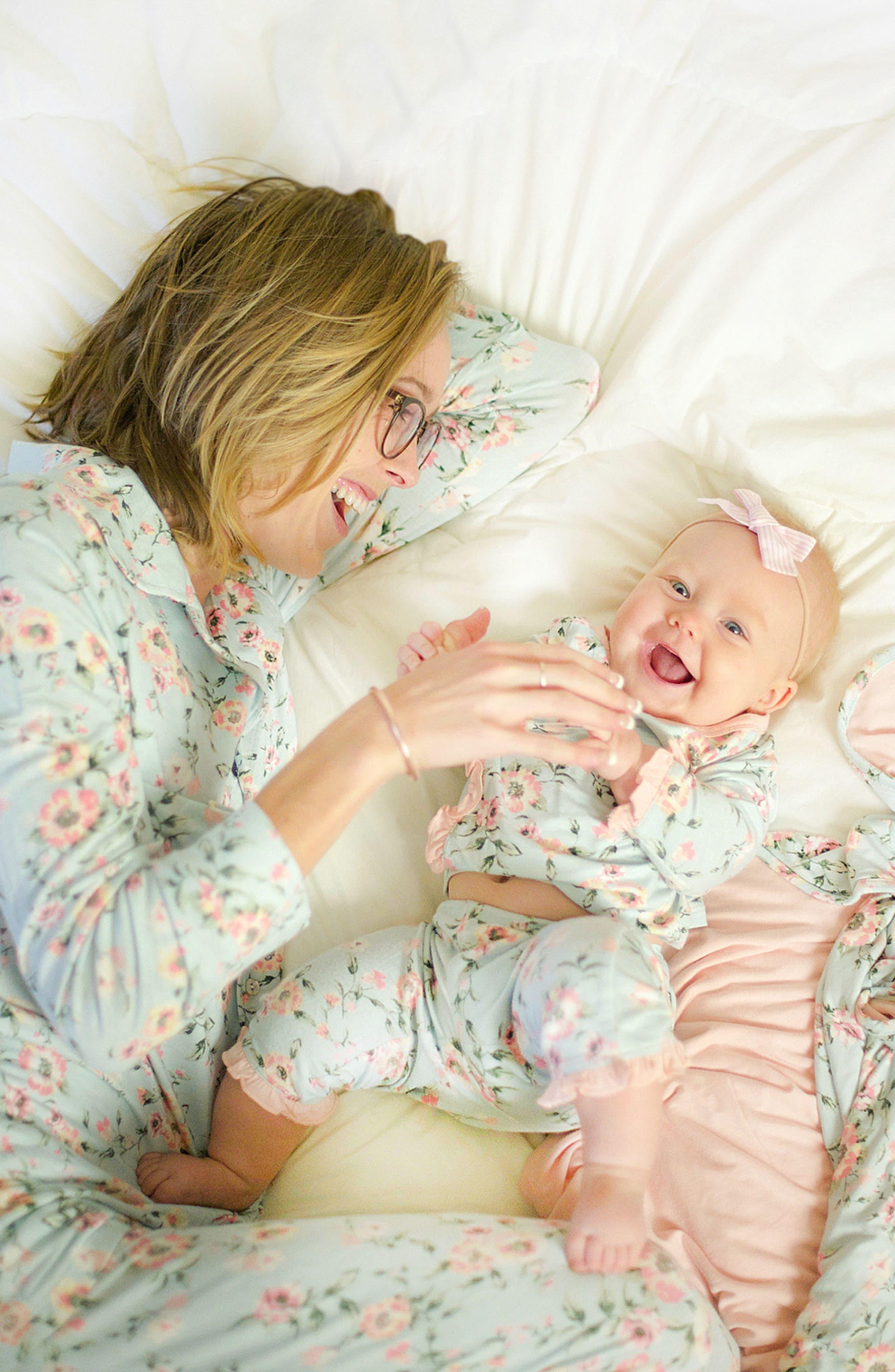 Alternate Image 4  - Everly Grey Helena Maternity/Nursing Pajamas