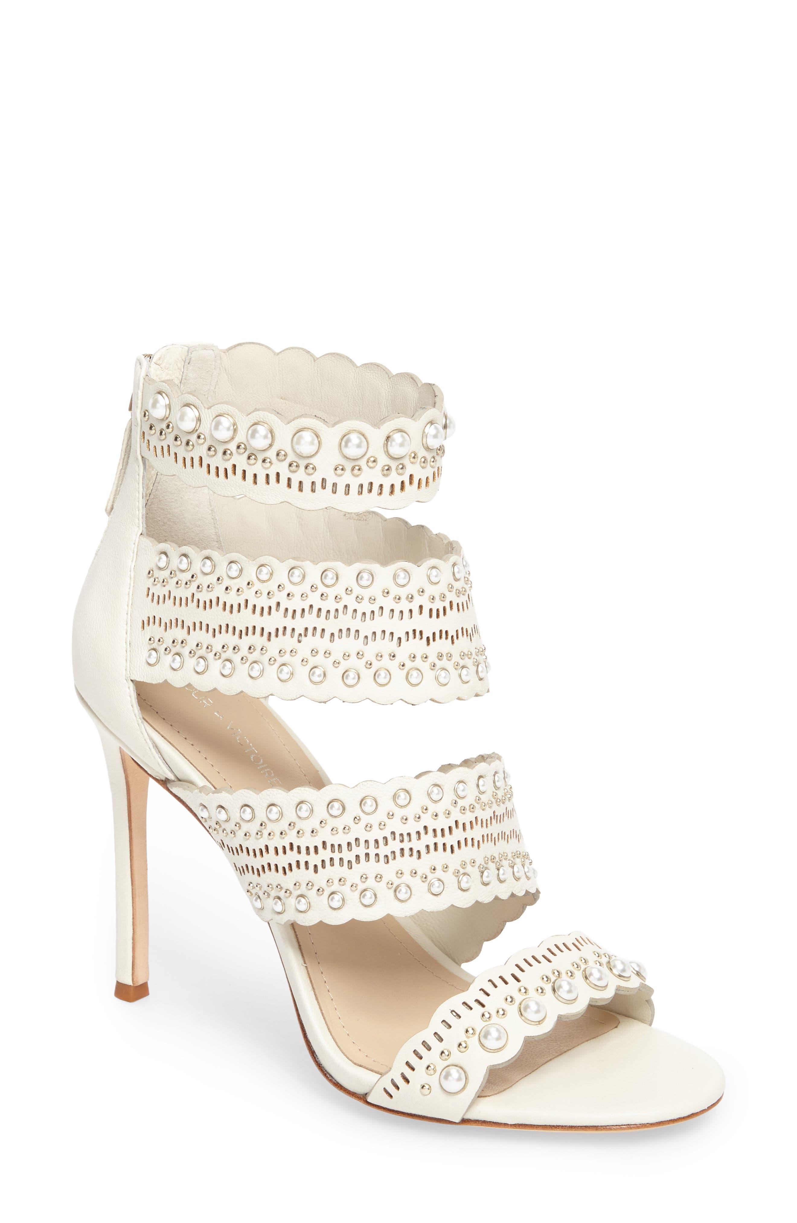 Pour la Victoire Ellura Scalloped Strap Sandal (Women)