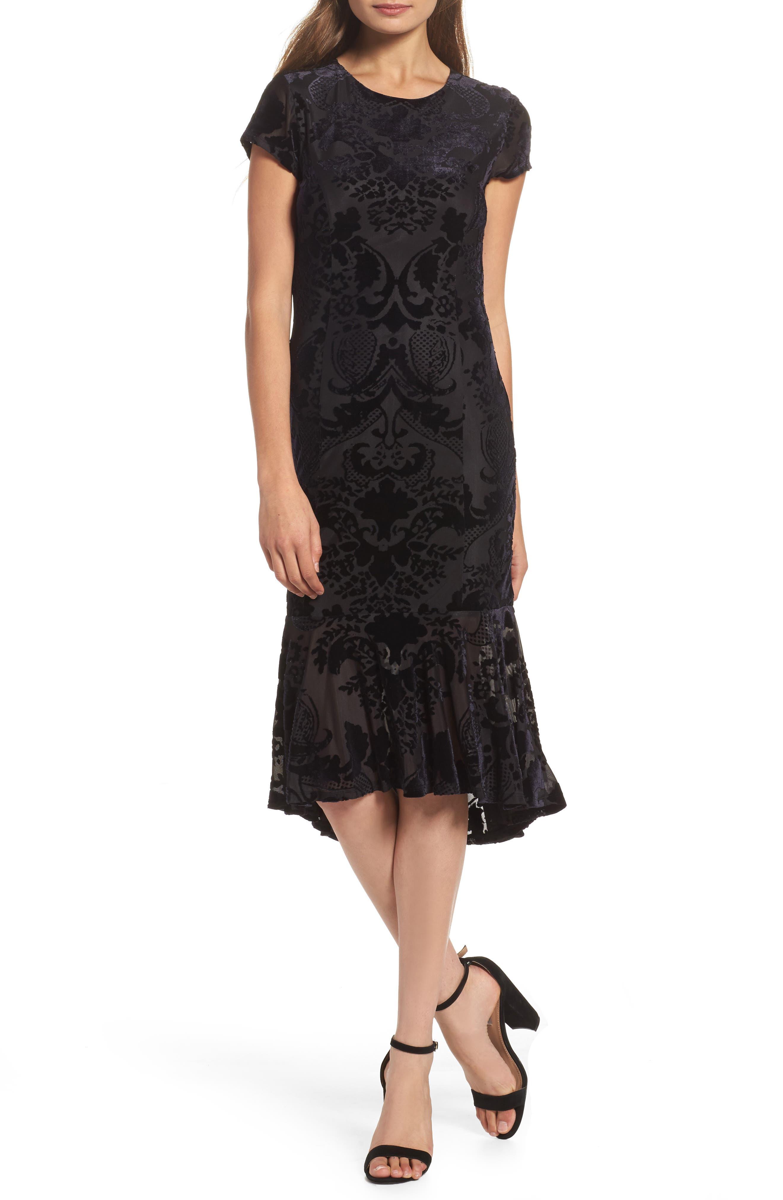 Felicity & Coco Burnout Velvet Midi Dress