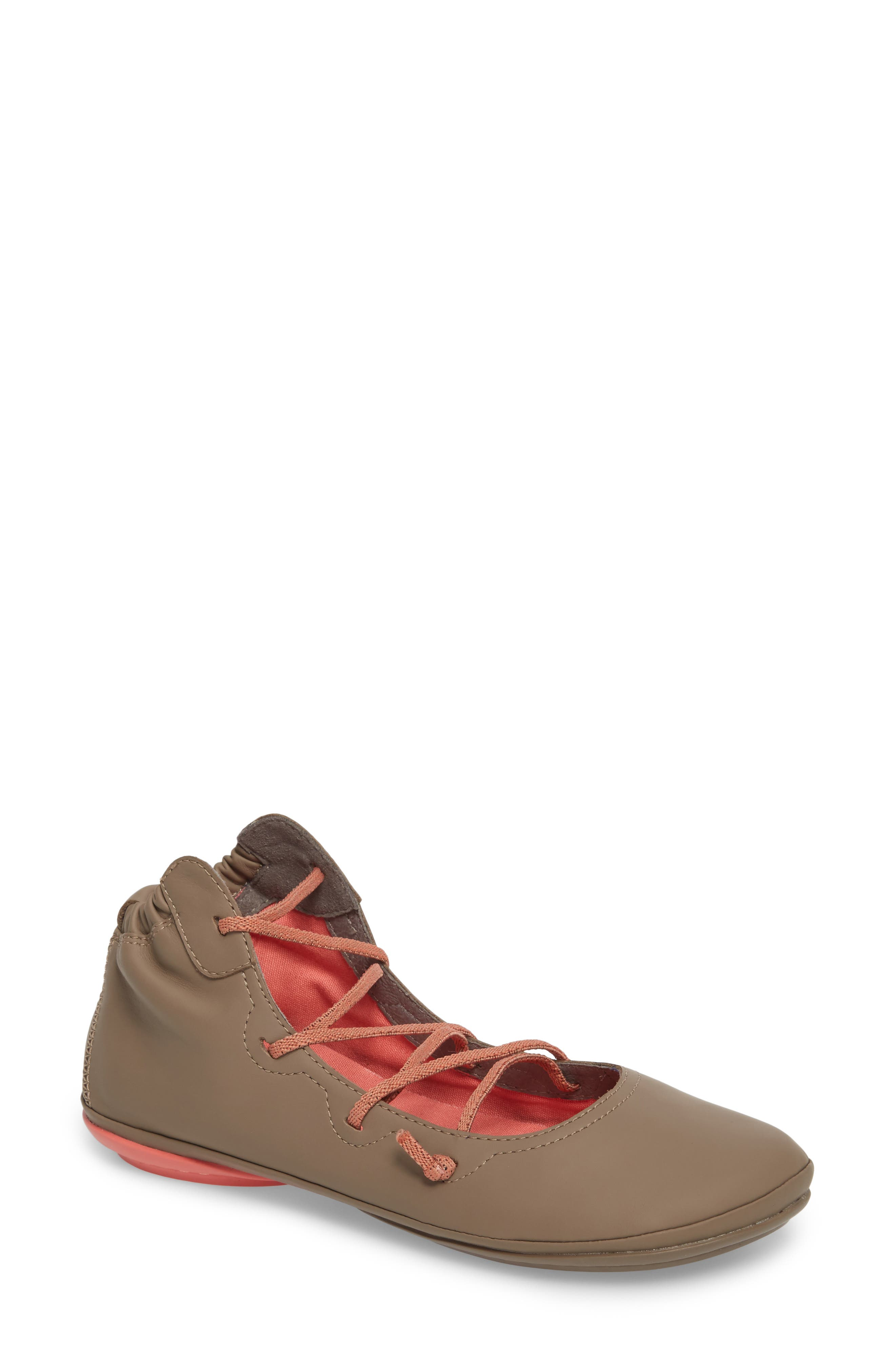 Camper Right Nina Mid Top Ghillie Flat (Women)