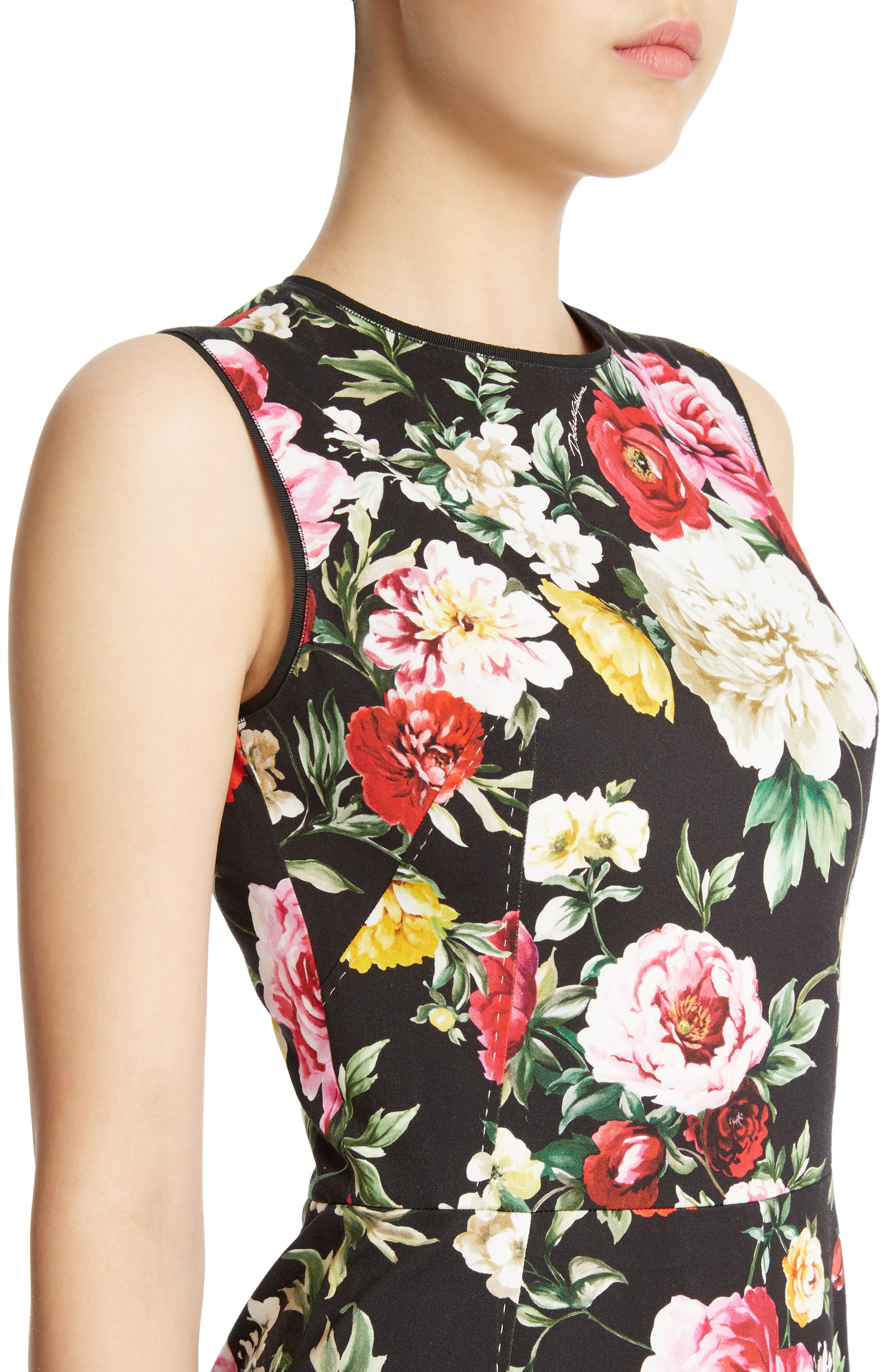 Floral Print Flare Hem Dress,                             Alternate thumbnail 4, color,                             Black