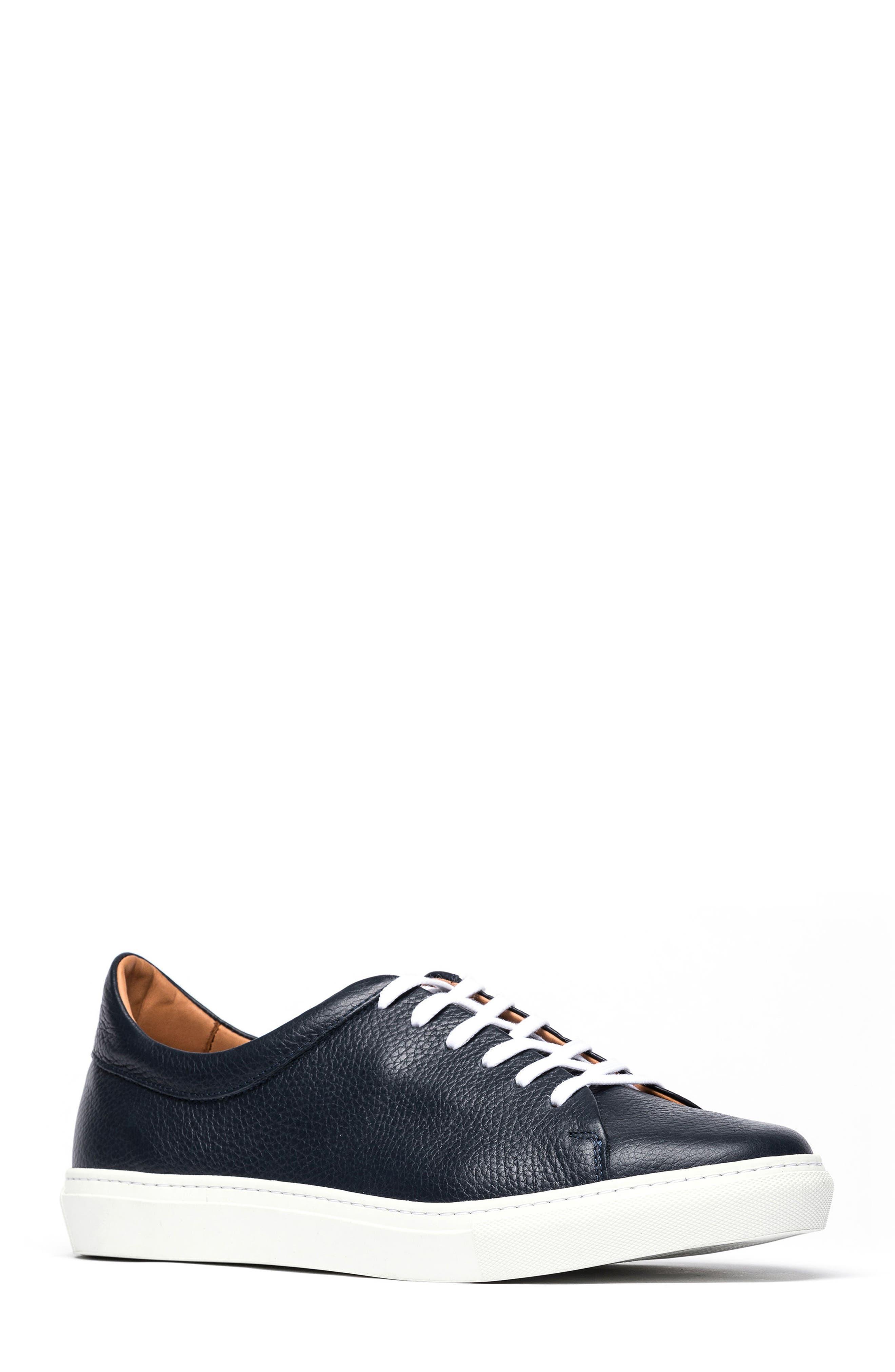 Main Image - Rodd & Gunn Windemere Sneaker (Men)