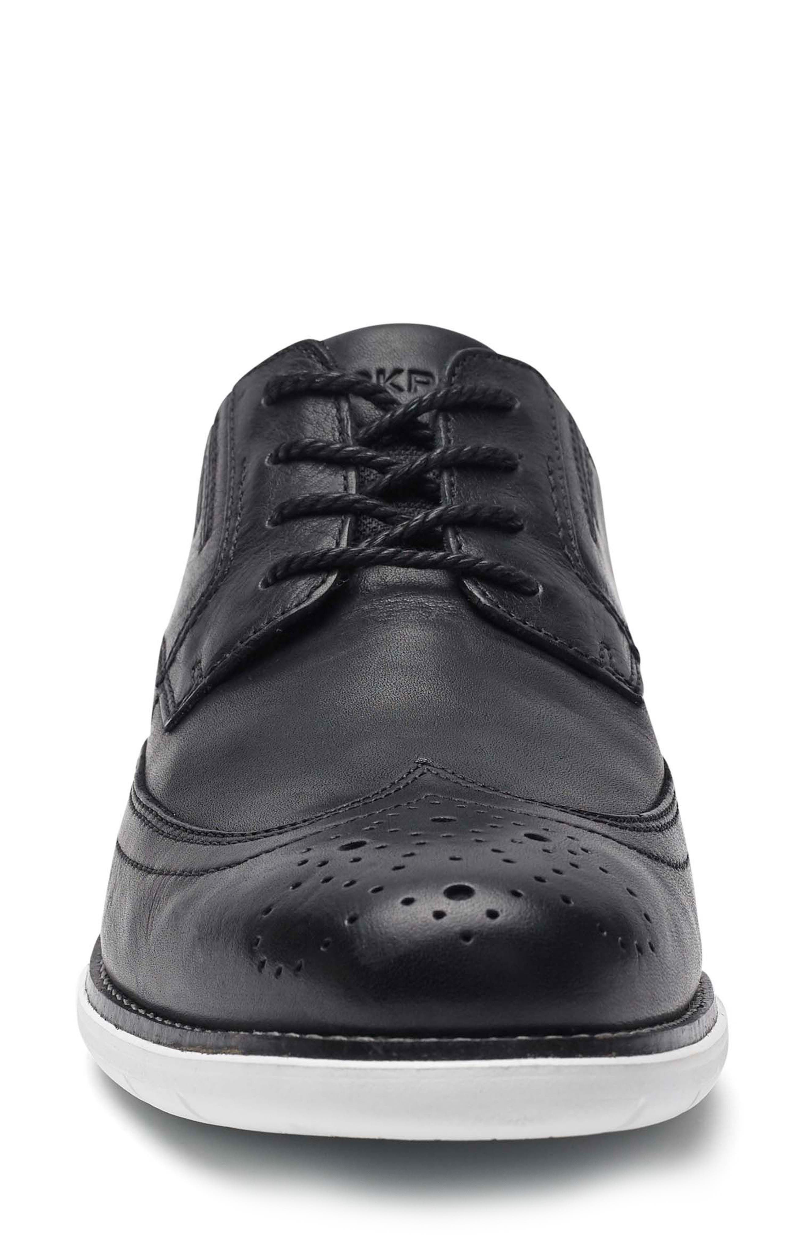 Total Motion Sport Wingtip,                             Alternate thumbnail 4, color,                             Black Leather