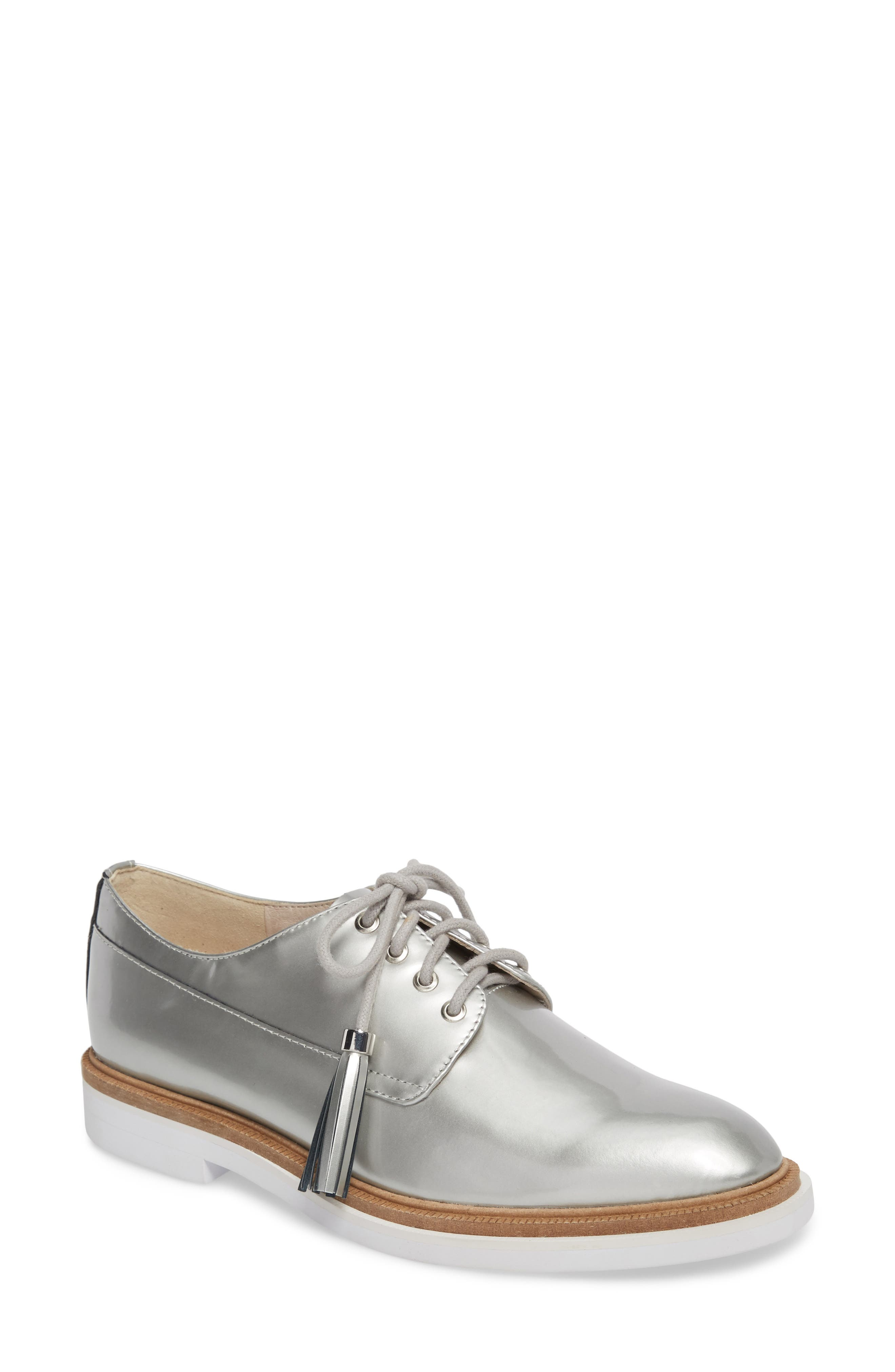 Alternate Image 1 Selected - Kenneth Cole New York Annie Oxford (Women)