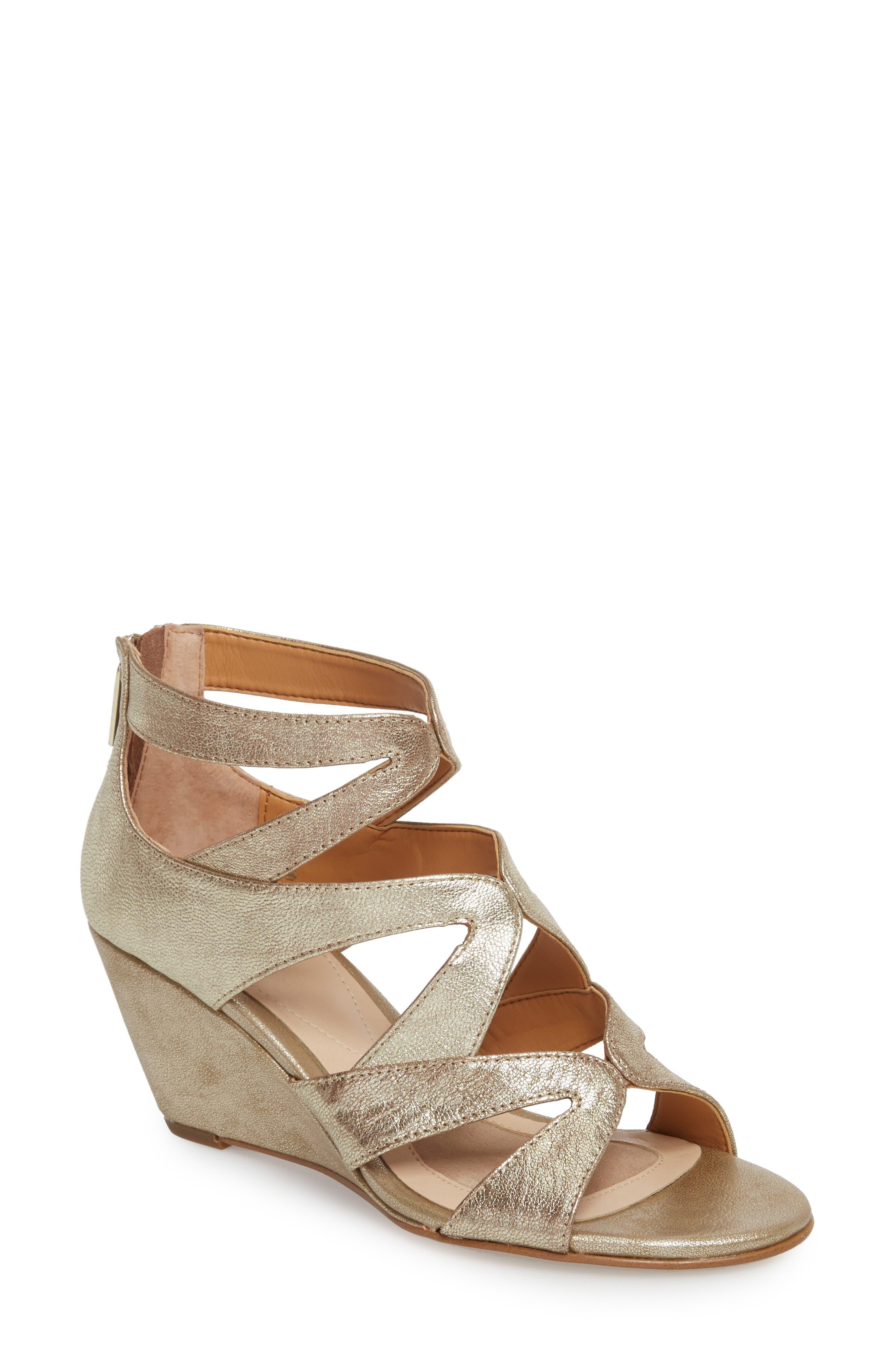 9852be39b8b Women s Isolá Sandals