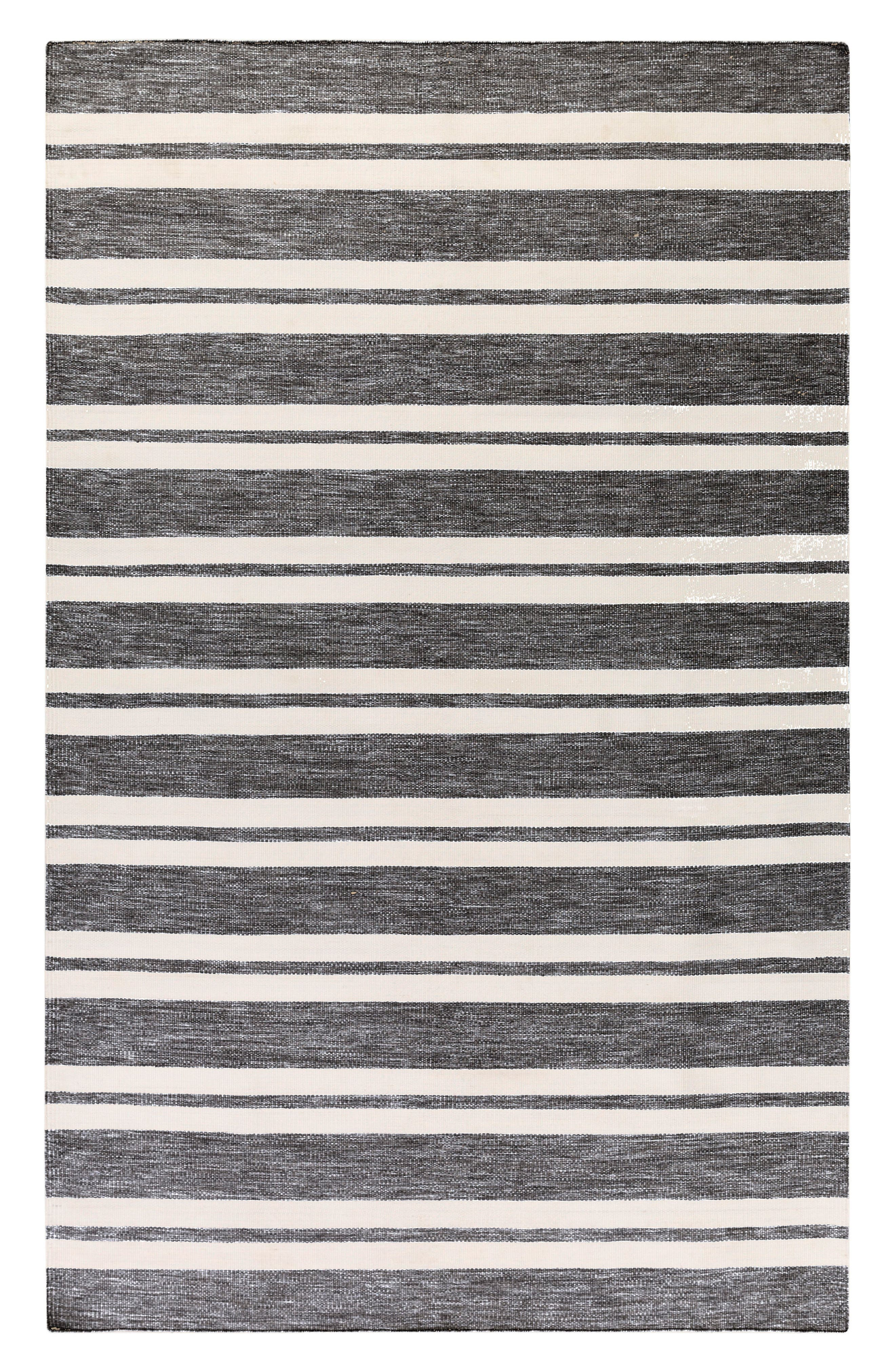 Alternate Image 1 Selected - Surya Home Everett Area Rug