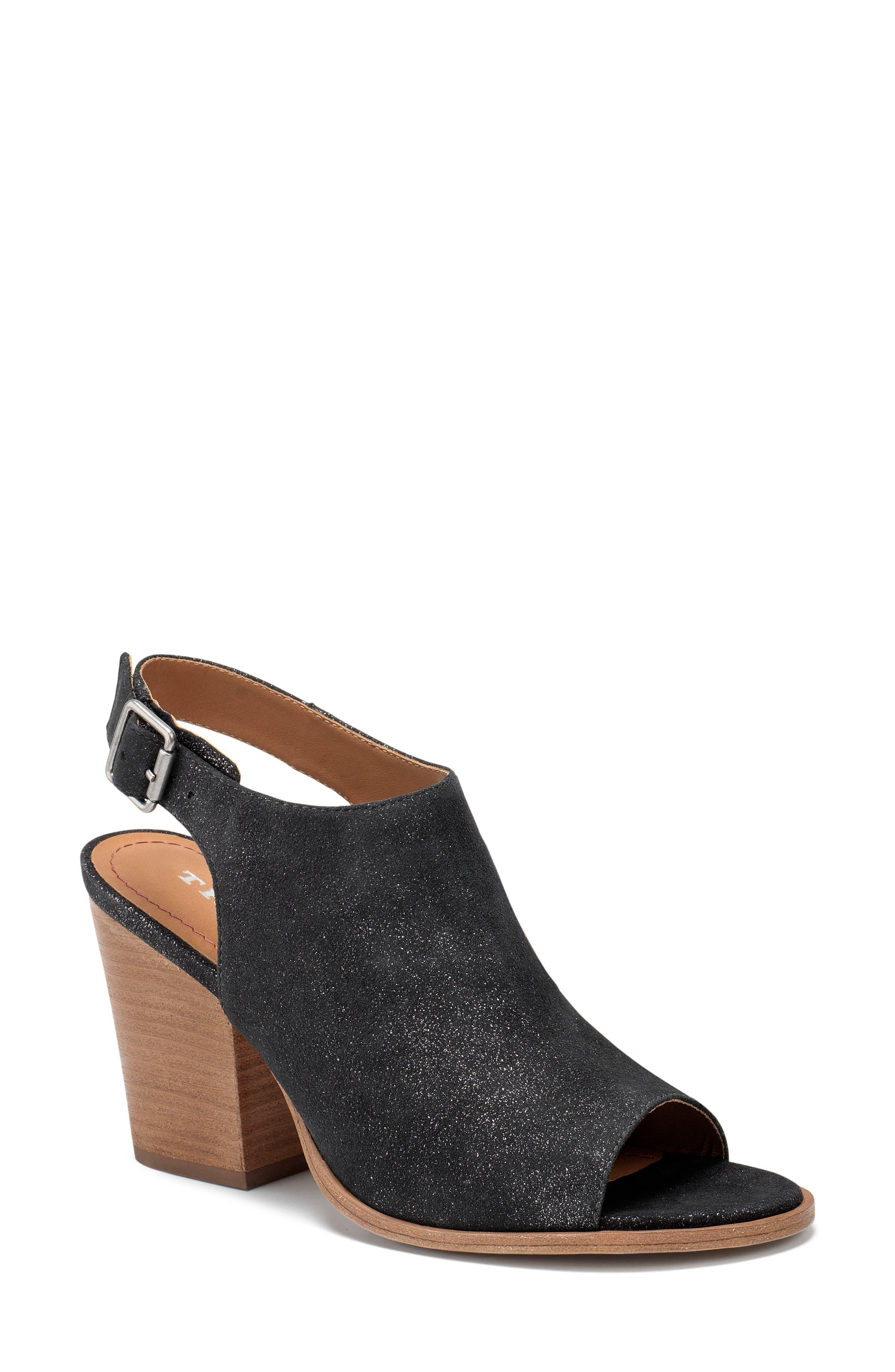 Trask Parker Sandal (Women)