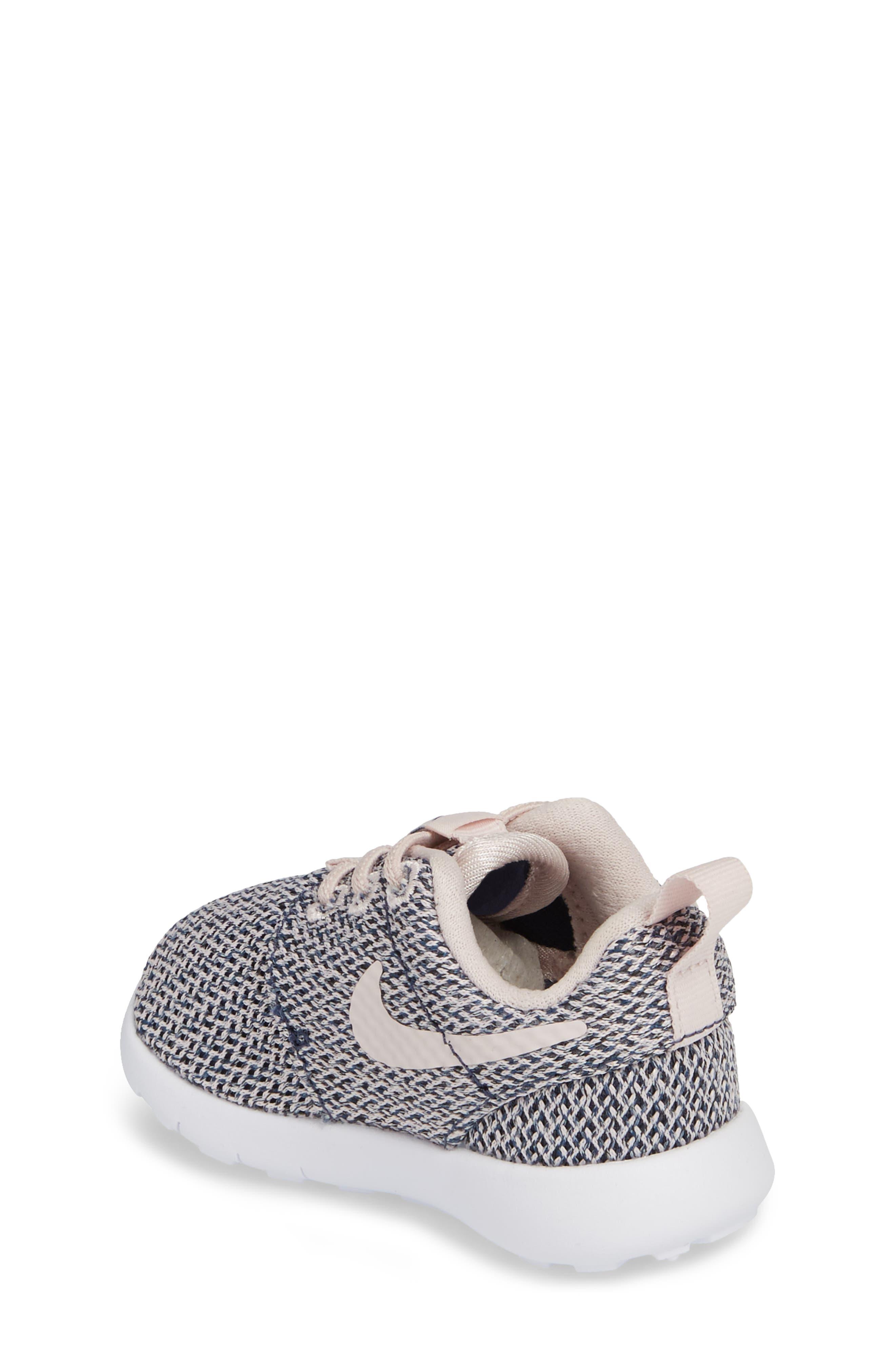 Alternate Image 2  - Nike Roshe Run Sneaker (Baby, Walker & Toddler)