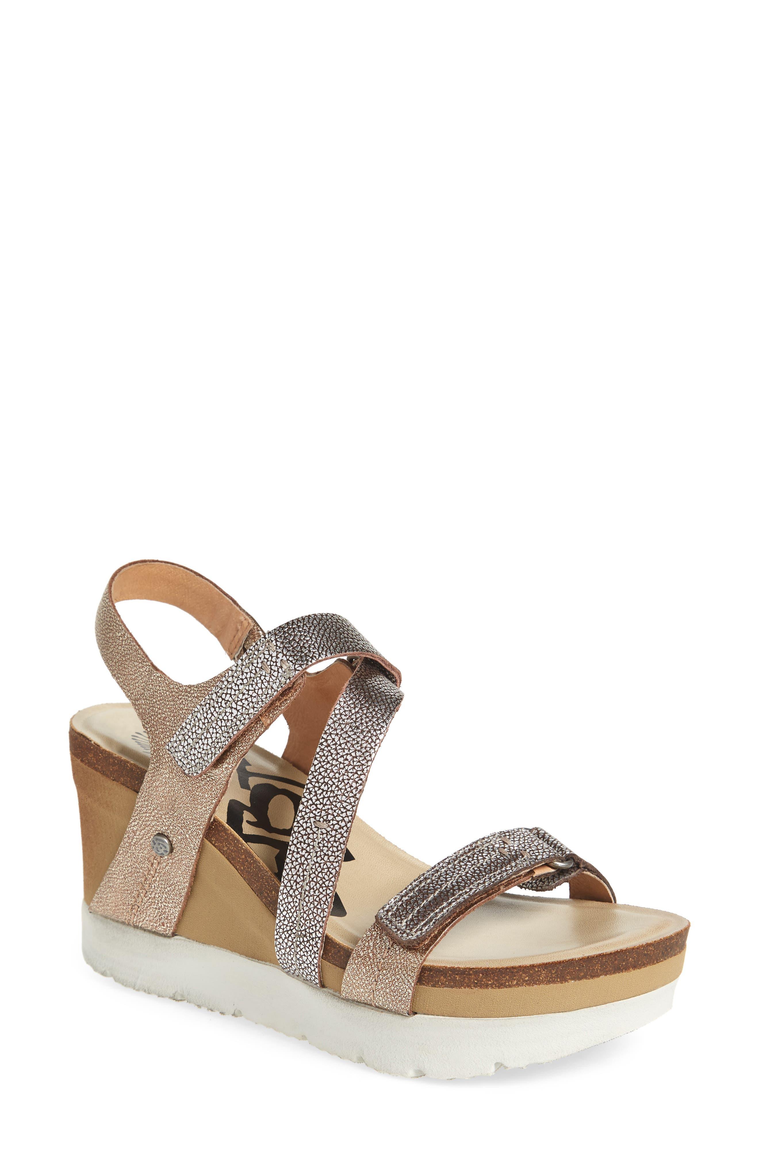 OTBT Wavey Wedge Sandal (Women)