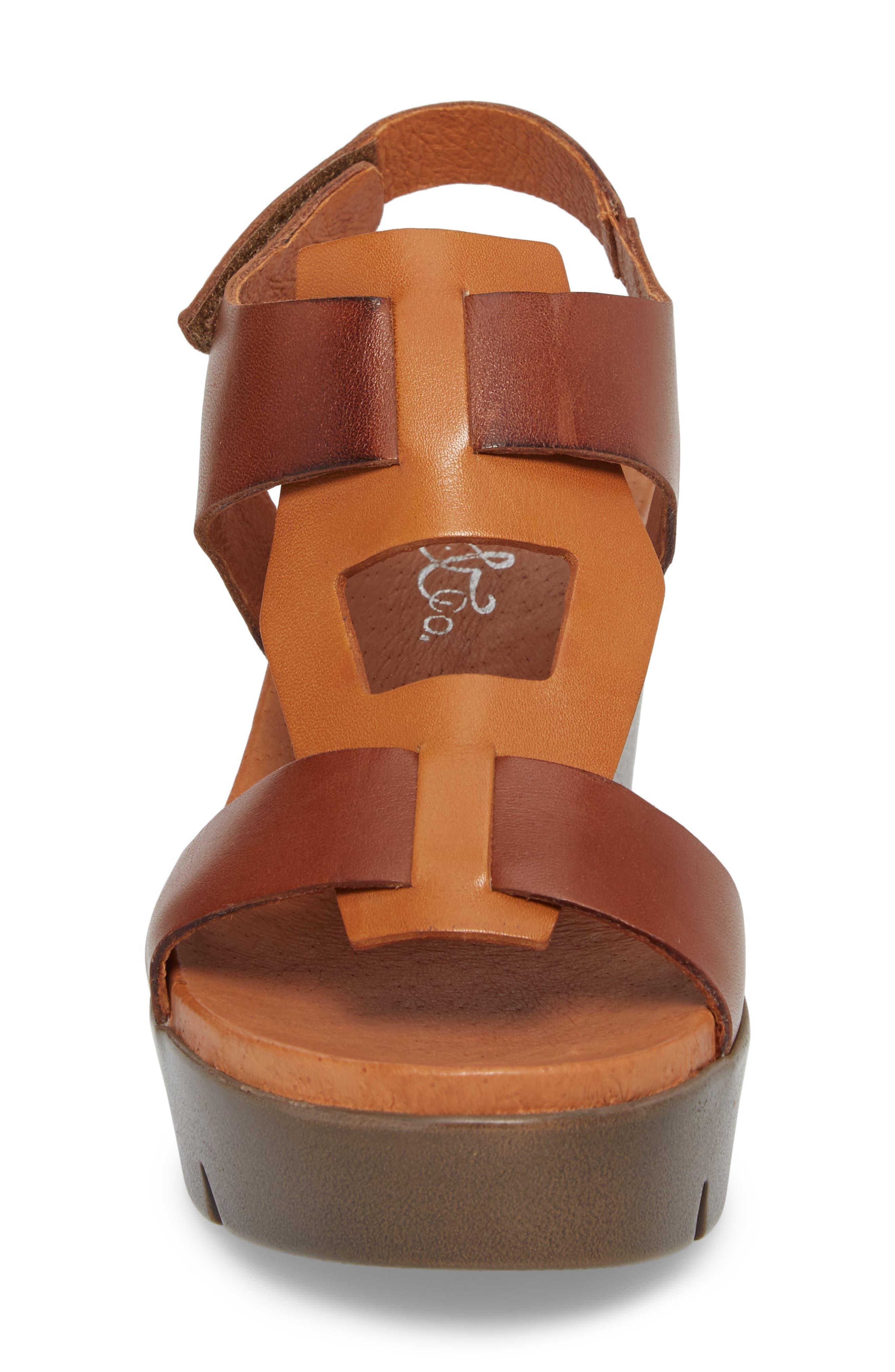 Somo Platform Wedge Sandal,                             Alternate thumbnail 4, color,                             Cognac/ Camel Leather