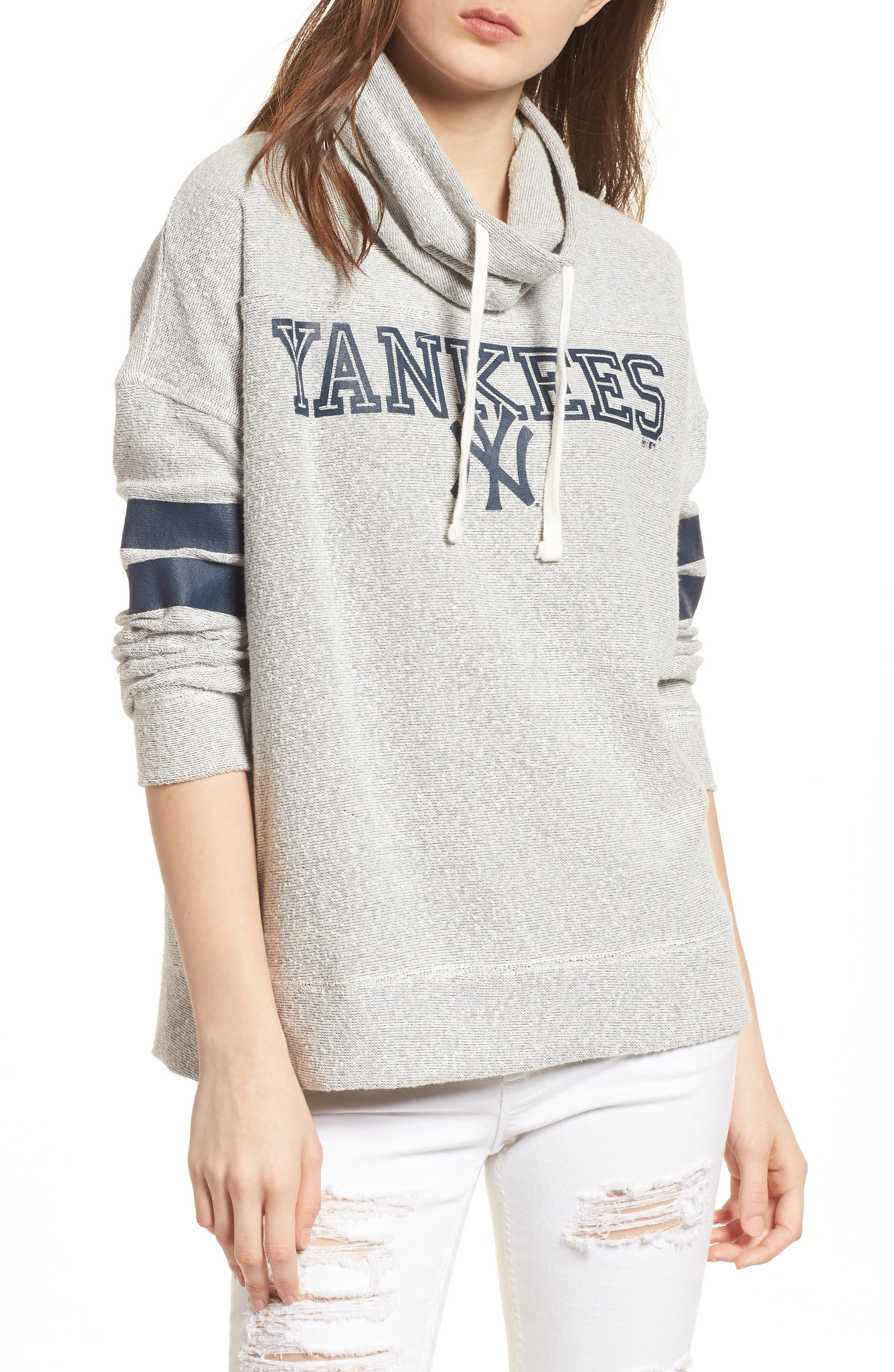 Encore Offsides New York Yankees Funnel Neck Sweatshirt,                         Main,                         color, Pumice Grey