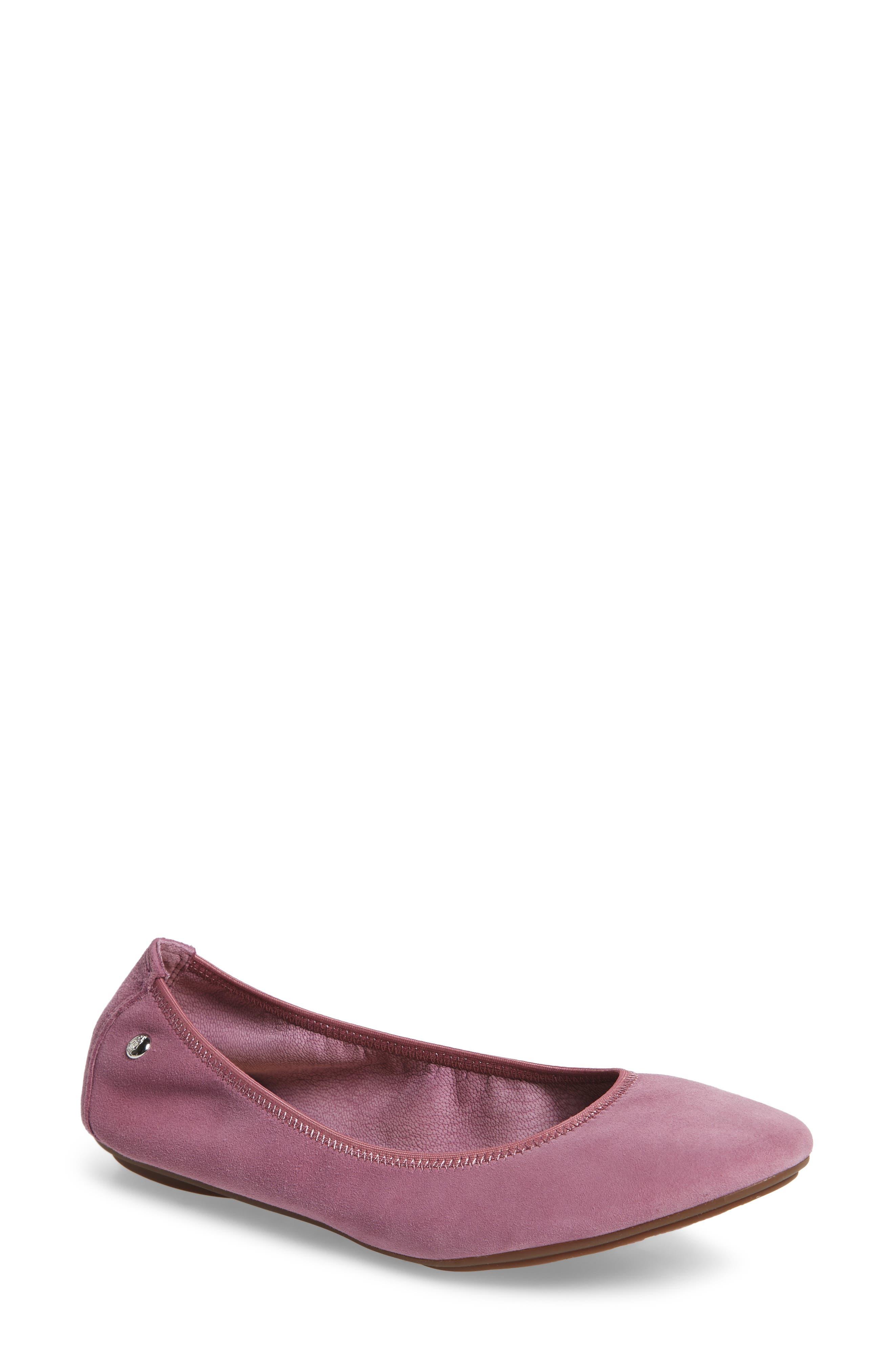 Hush Puppies® 'Chaste' Ballet Flat (Women)