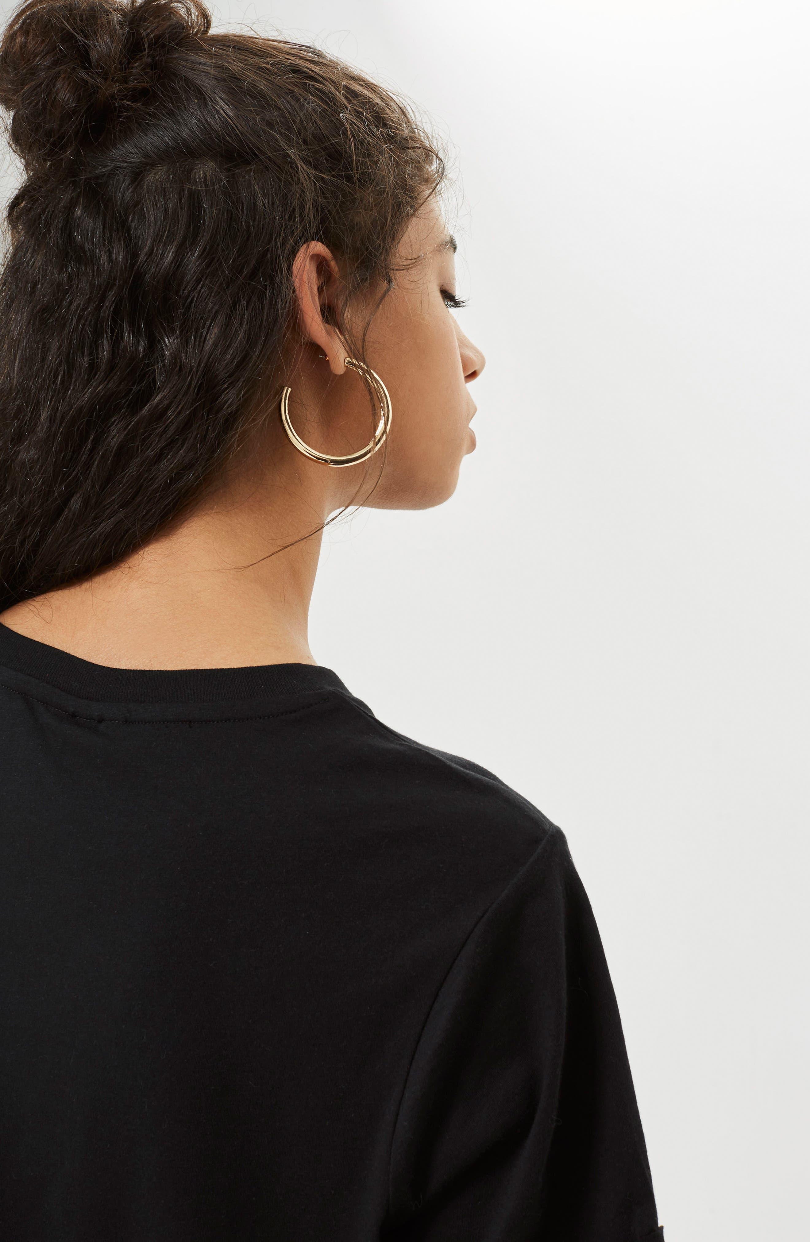 Peachy Motif T-Shirt,                             Alternate thumbnail 3, color,                             Black