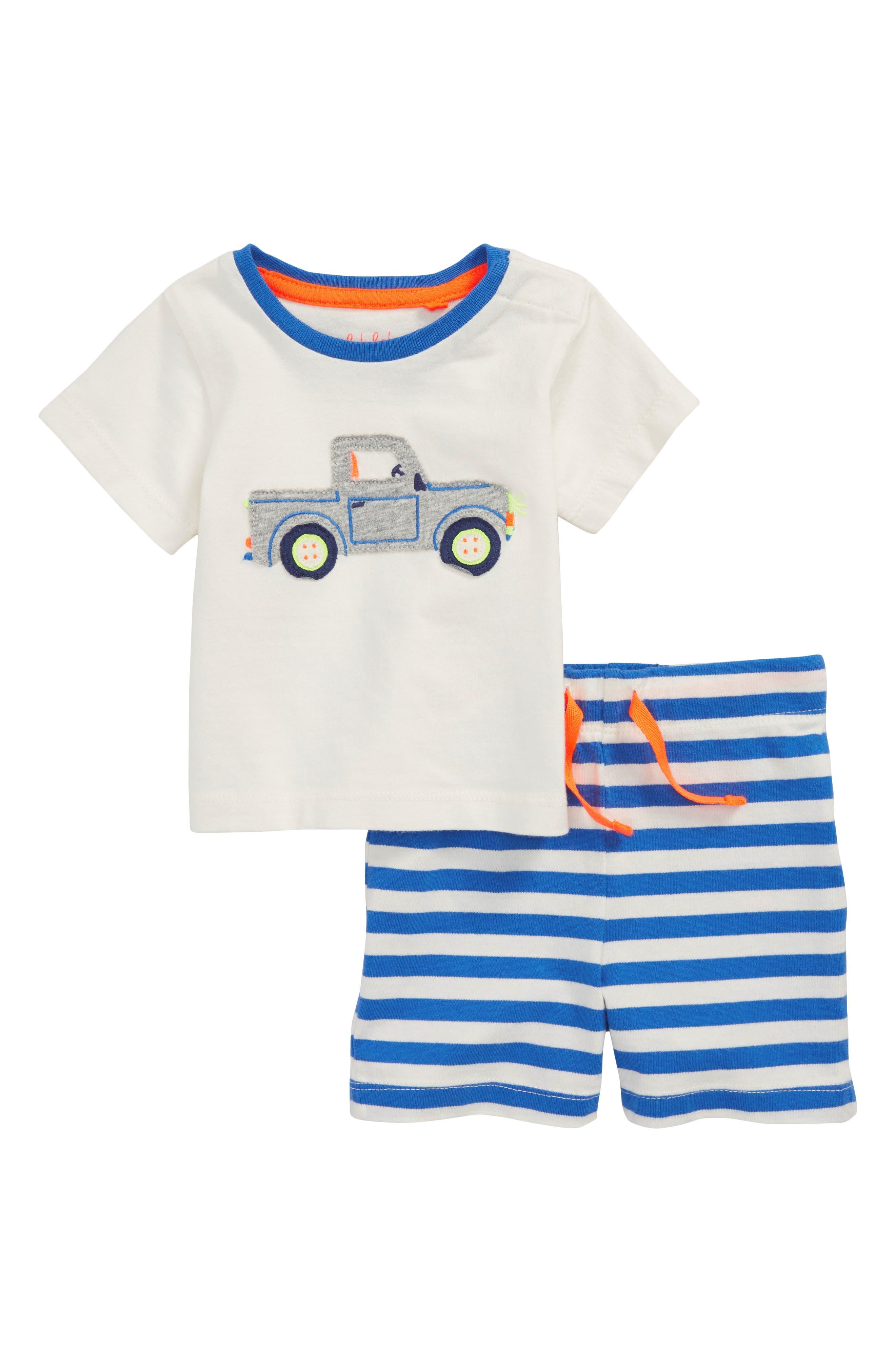 Mini Boden Fun Truck Appliqué T-Shirt & Shorts Set (Baby Boys)
