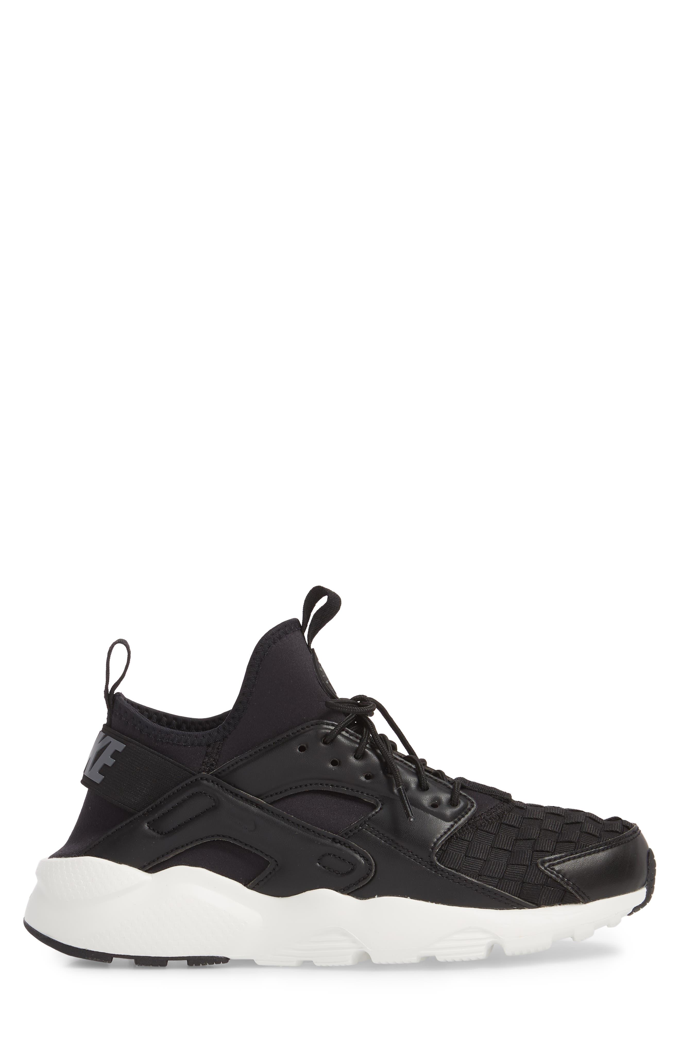 Alternate Image 3  - Nike Air Huarache Run Ultra SE Sneaker (Men)