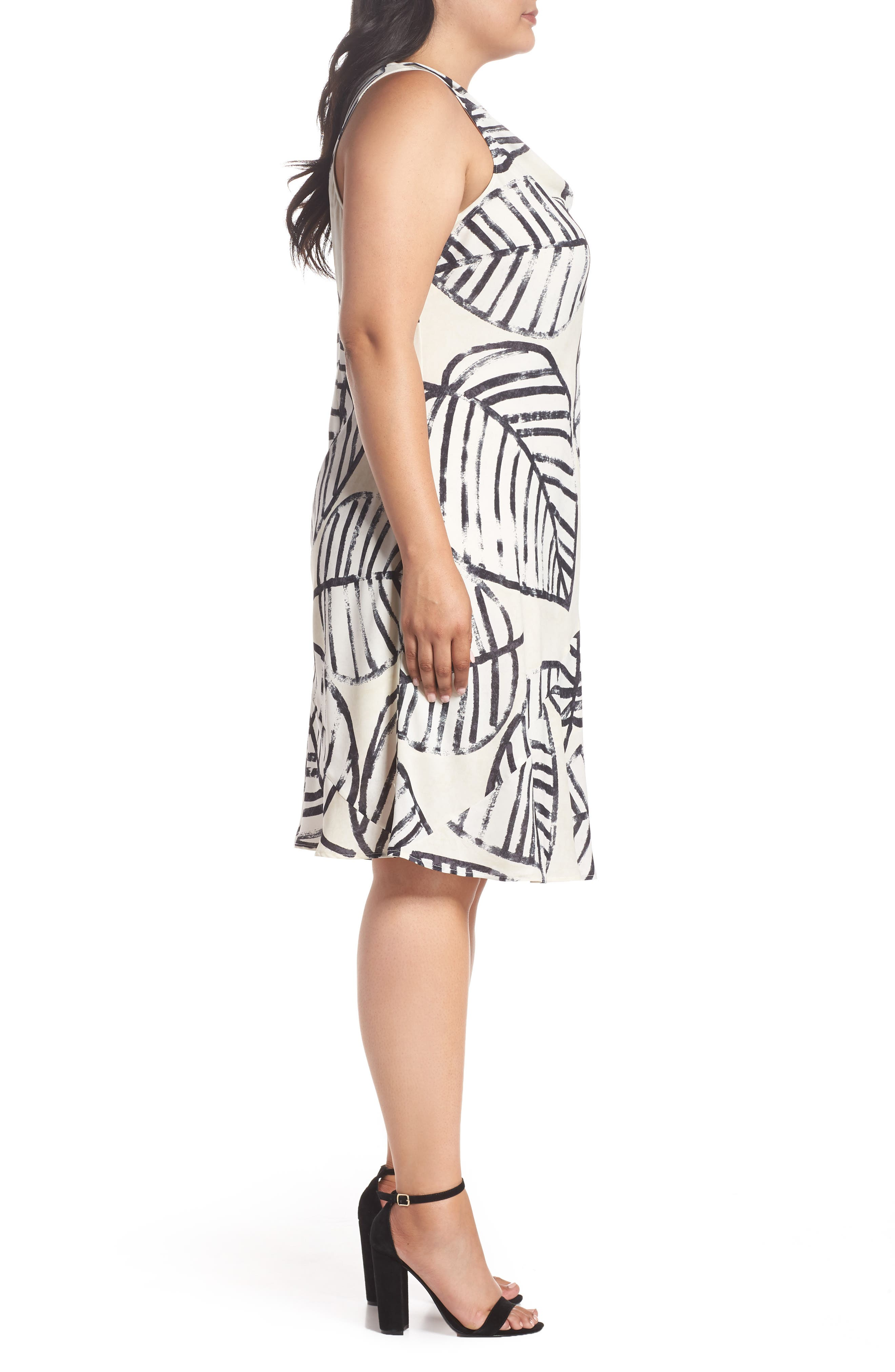 Alternate Image 3  - NIC+ZOE Etched Leaves Tie Dress (Plus Size)