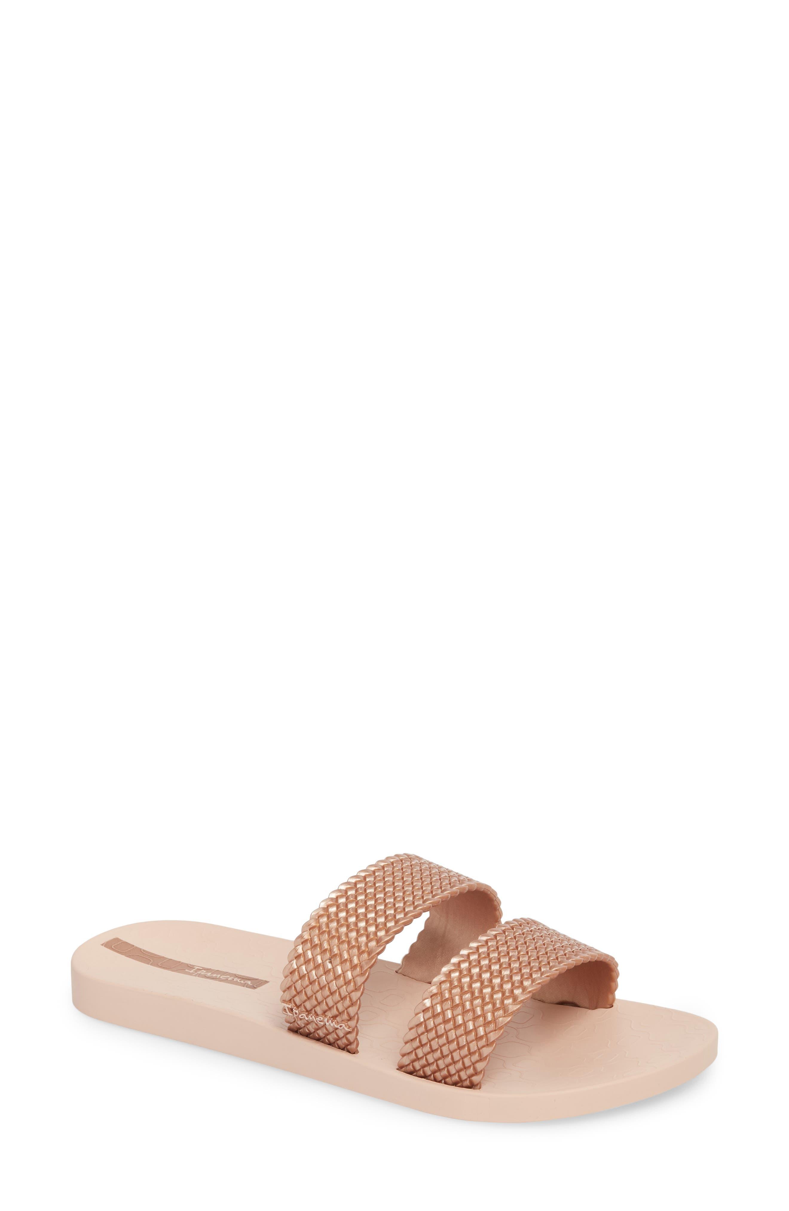IPANEMA City Slide Sandal in Light Pink/ Rose