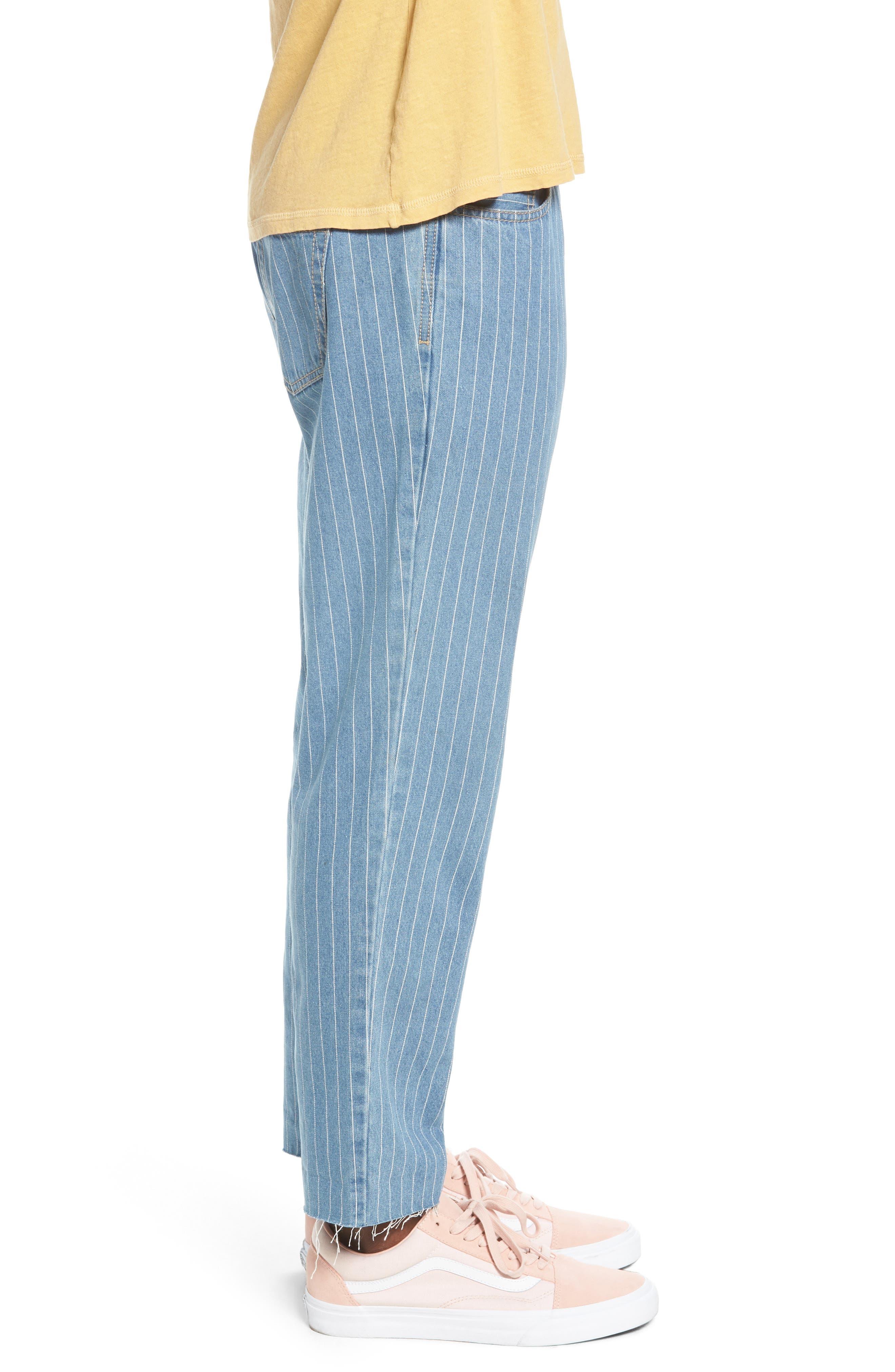 B. Relaxed Jeans,                             Alternate thumbnail 3, color,                             Stripe Denim Crop