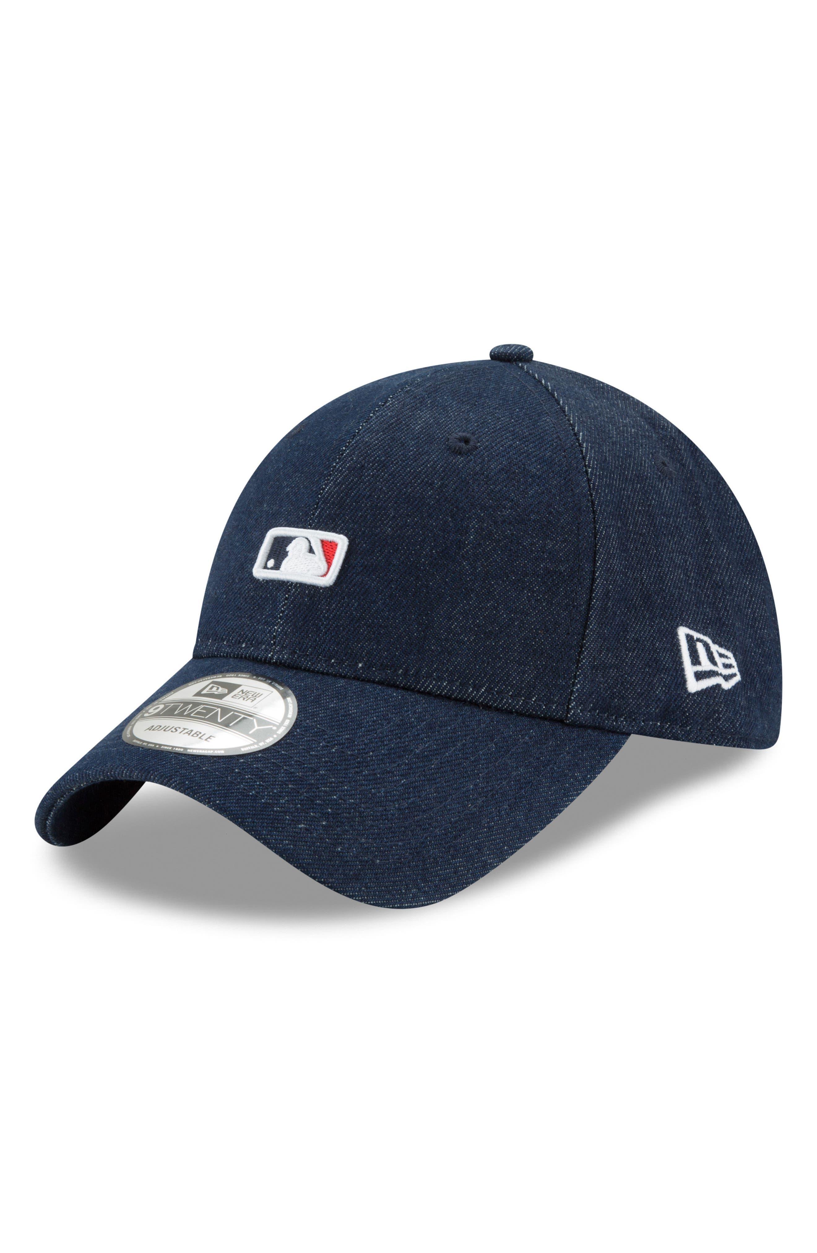 x Levi's<sup>®</sup> MLB Micro Batterman Baseball Cap,                             Main thumbnail 1, color,                             Black