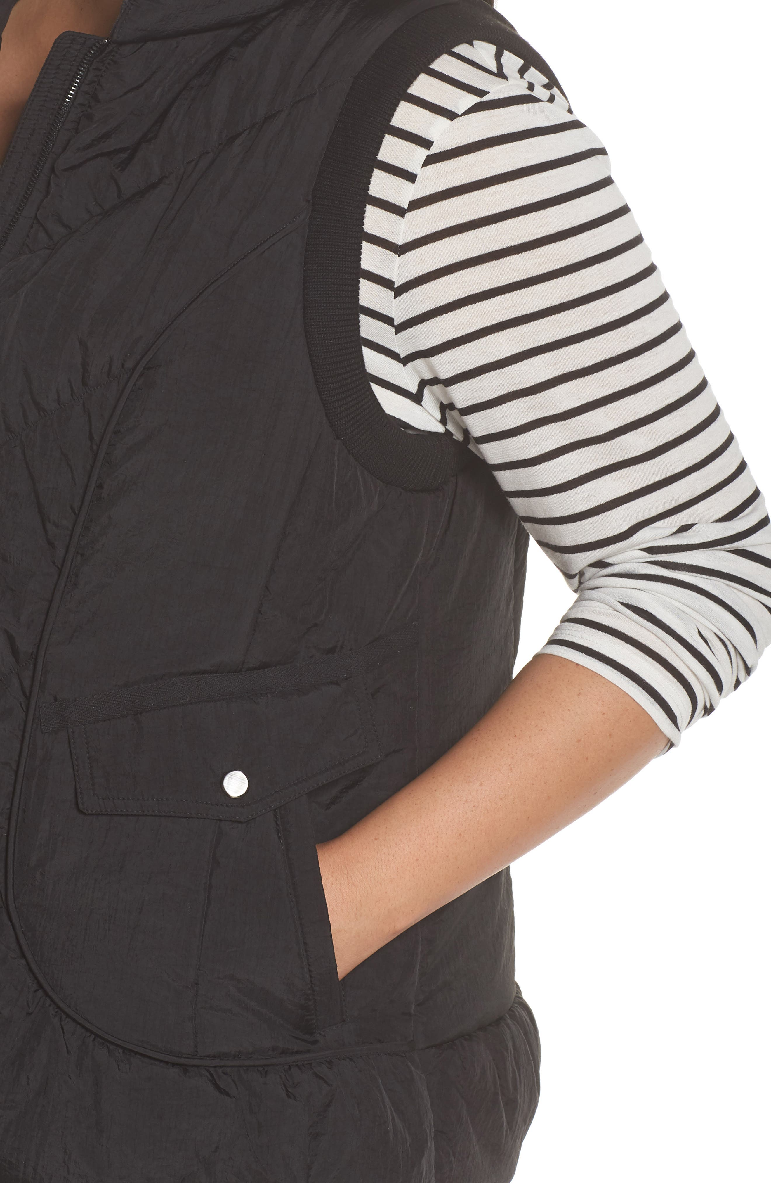 Packable Pillow Collar Vest,                             Alternate thumbnail 4, color,                             Black