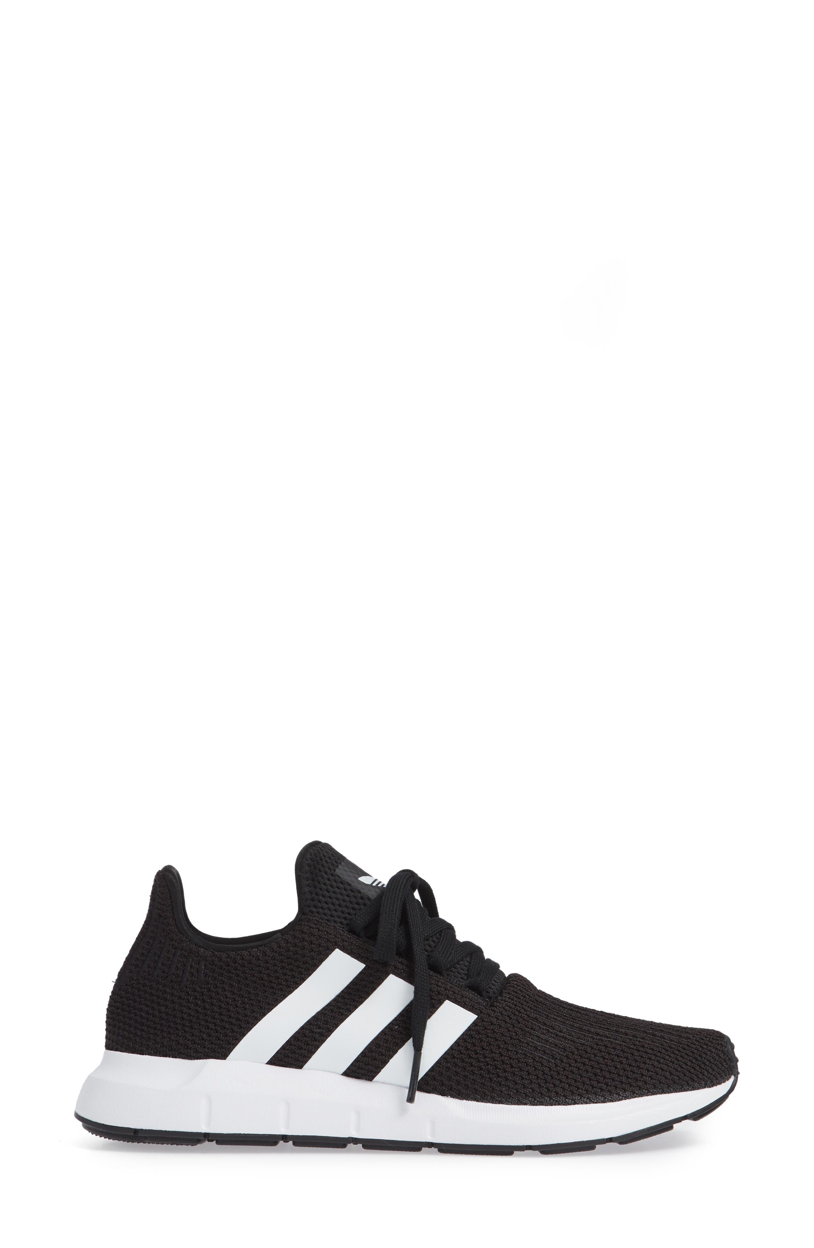 Swift Run Sneaker,                             Alternate thumbnail 6, color,                             Black/ White