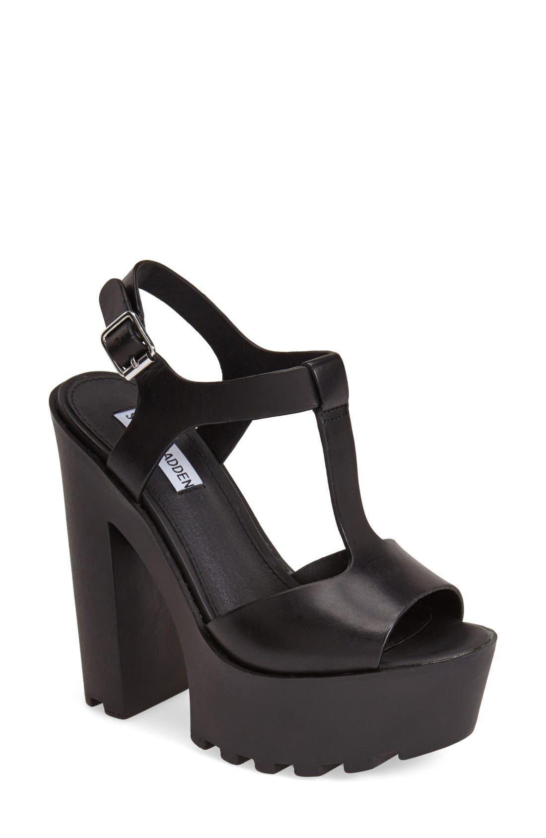 Alternate Image 1 Selected - Steve Madden 'Girltalk' Leather Platform Sandal (Women)