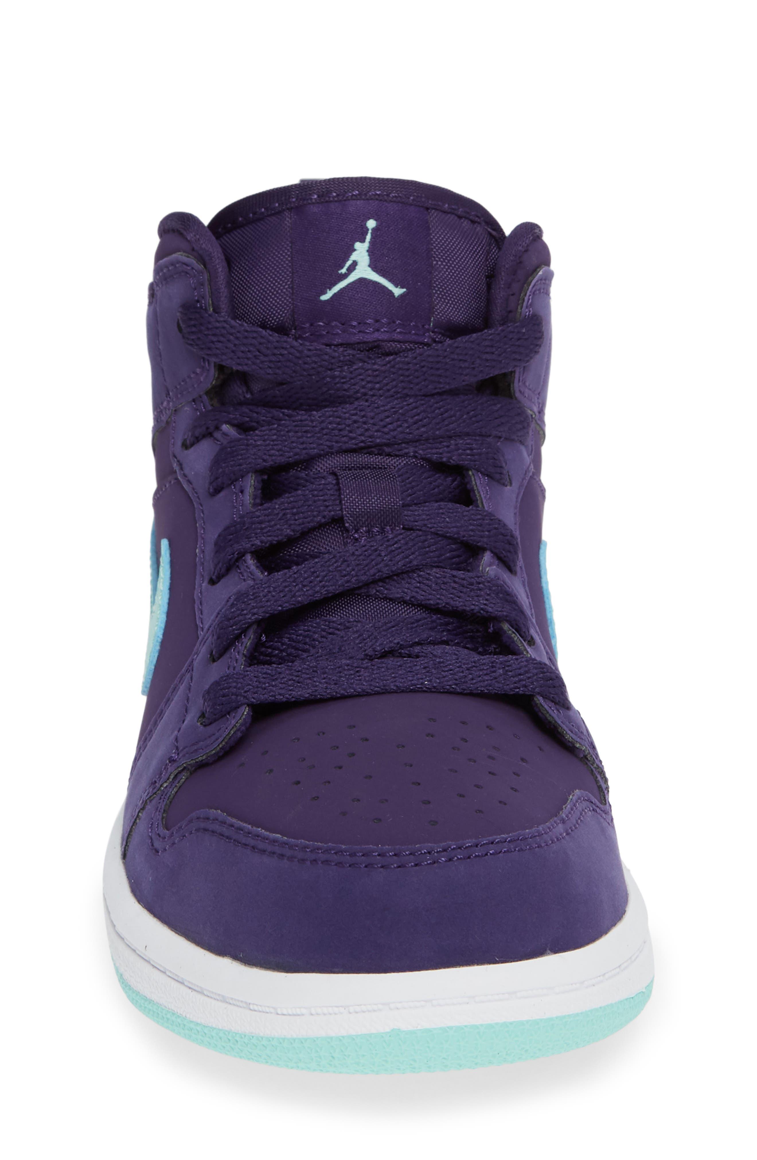 Nike 'Jordan 1 Mid' Basketball Shoe,                             Alternate thumbnail 5, color,                             Ink/ Emerald Rise/ White