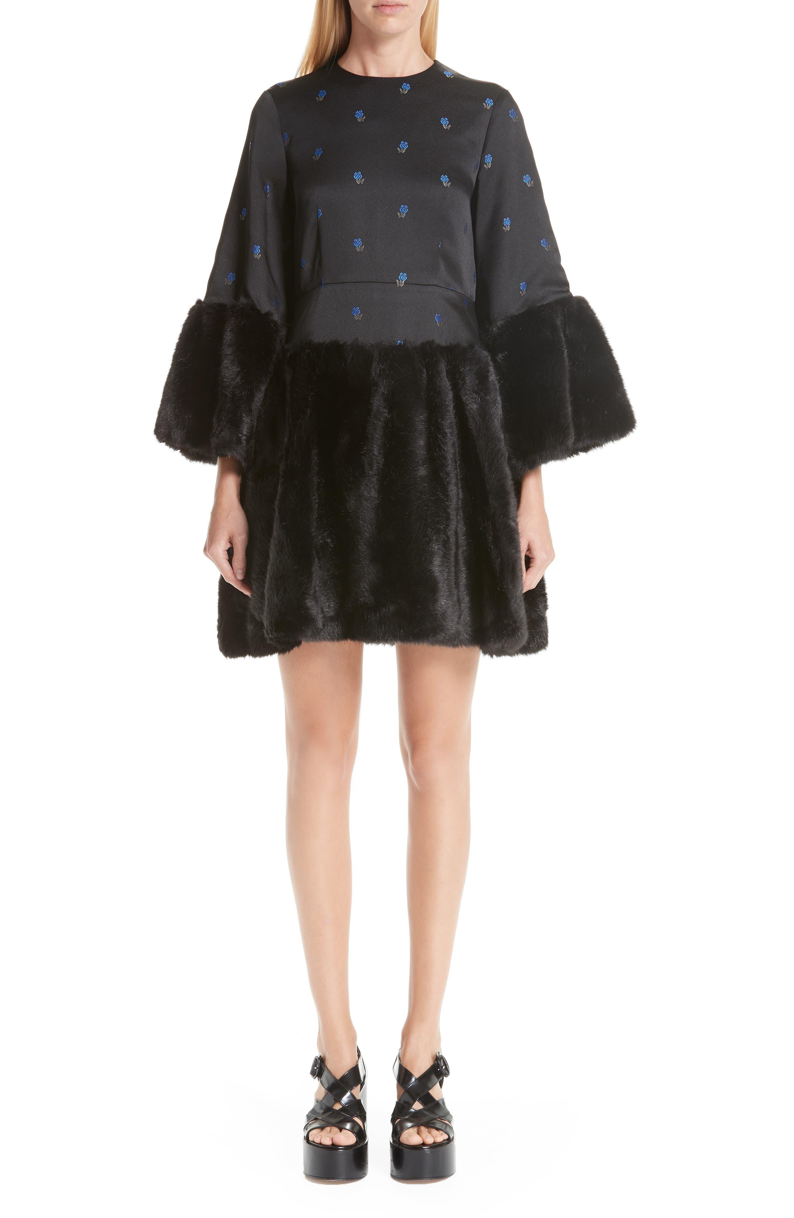 NOIR KEI NINOMIYA FLORAL DRESS WITH FAUX FUR TRIM