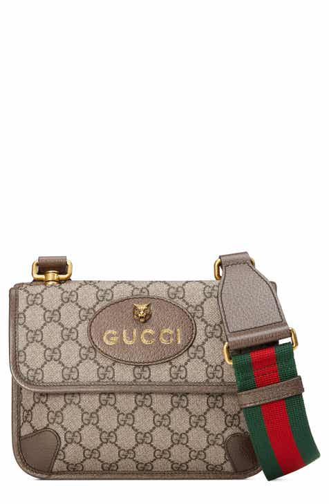 3aac52c0948 Gucci Small GG Supreme Canvas Messenger Bag