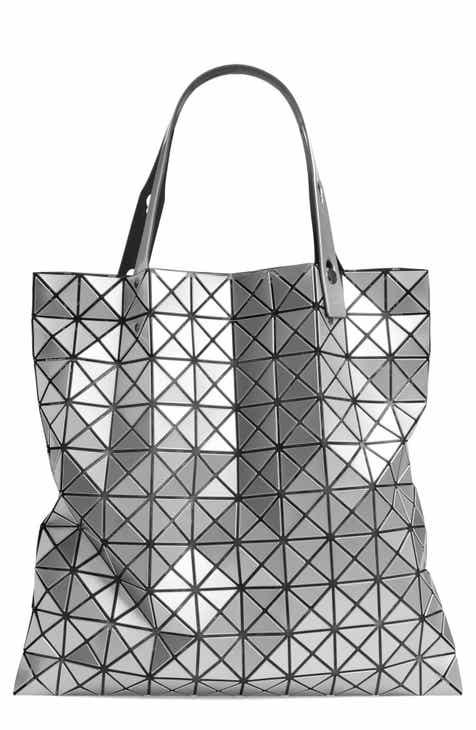 899a34a0d1 Women s Metallic Designer Handbags   Wallets