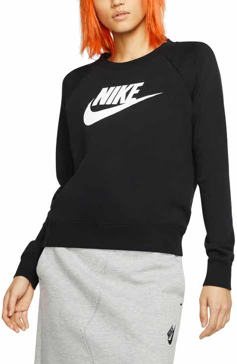 Nike Sportswear Essential Fleece Sweatshirt