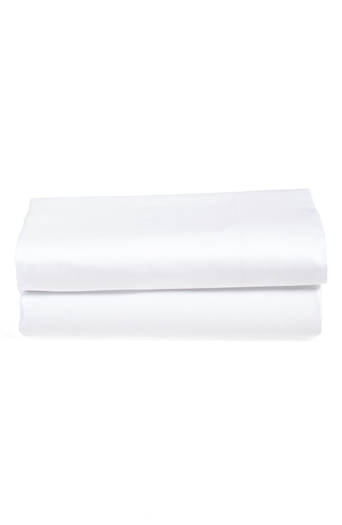 'Ultra Luxe' 600 Thread Count Flat Sheet,                         Main,                         color, White