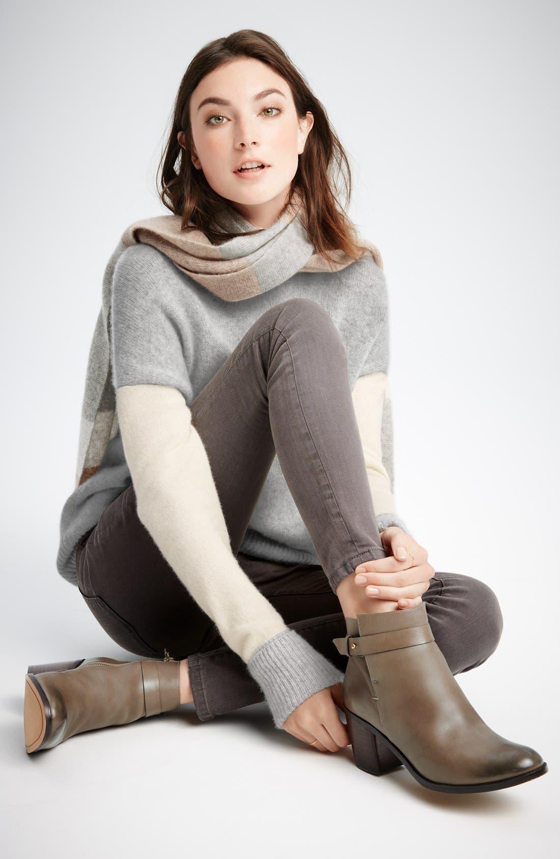 Alternate Image 6  - Halogen® 'Glenna' Leather Ankle Bootie (Women)