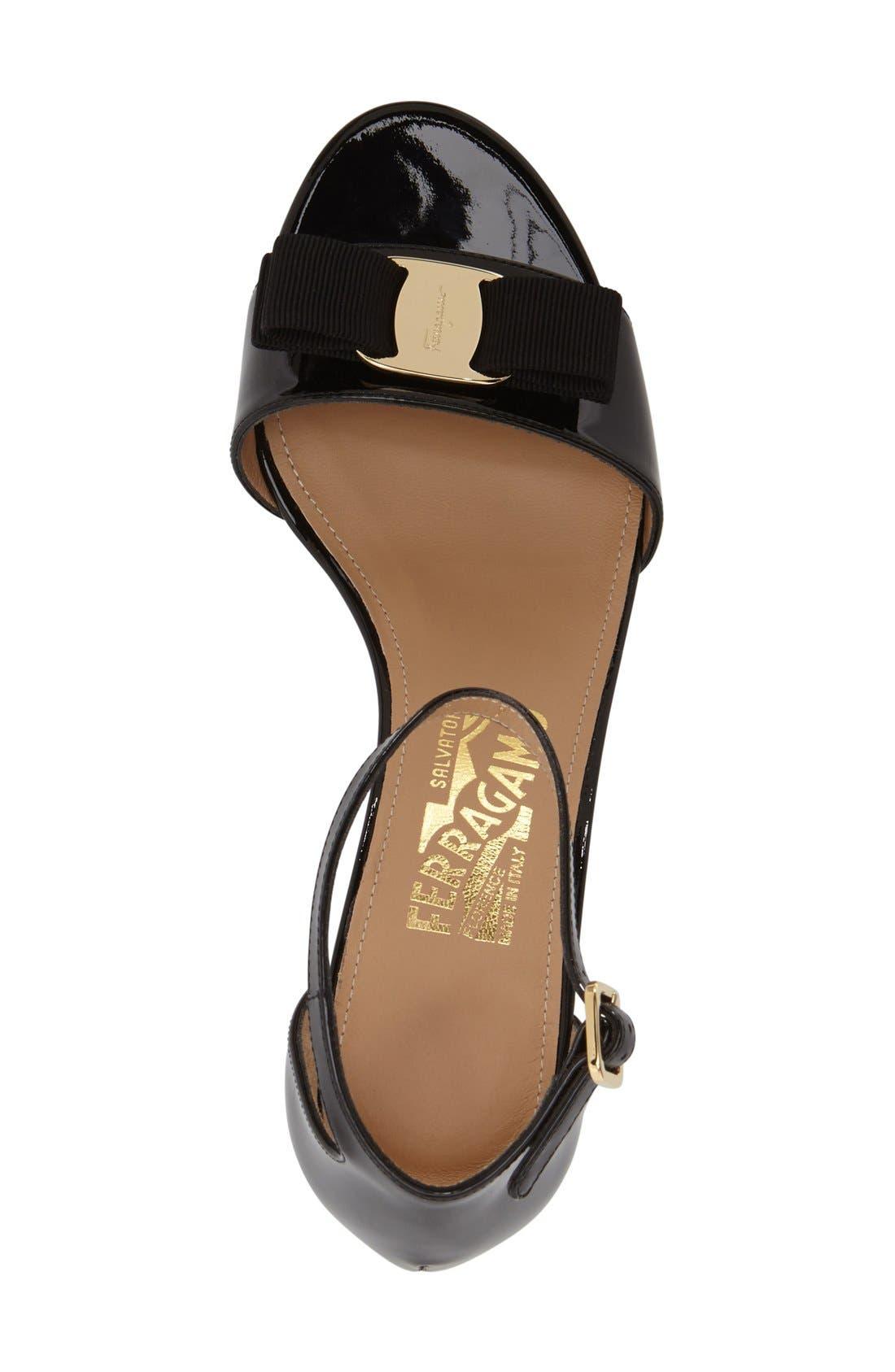 Gavina Block Heel Bow Sandal,                             Alternate thumbnail 3, color,                             Black Patent