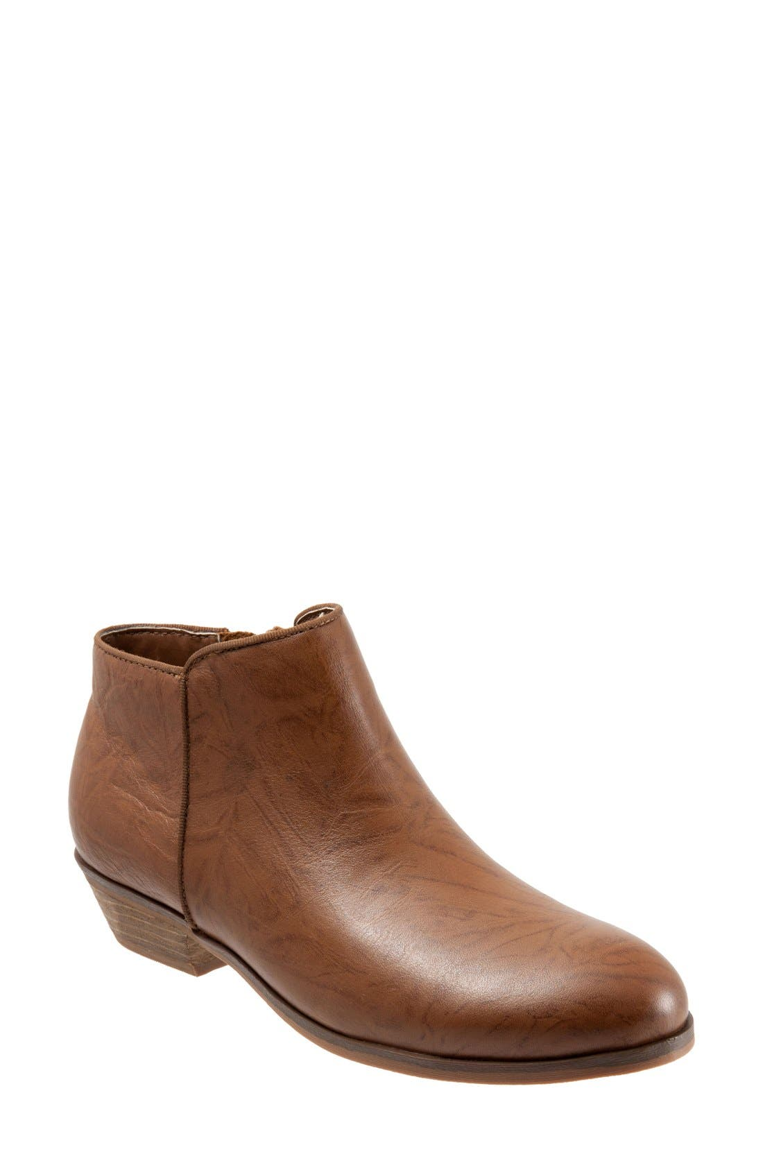 Main Image - SoftWalk® 'Rocklin' Bootie (Women)
