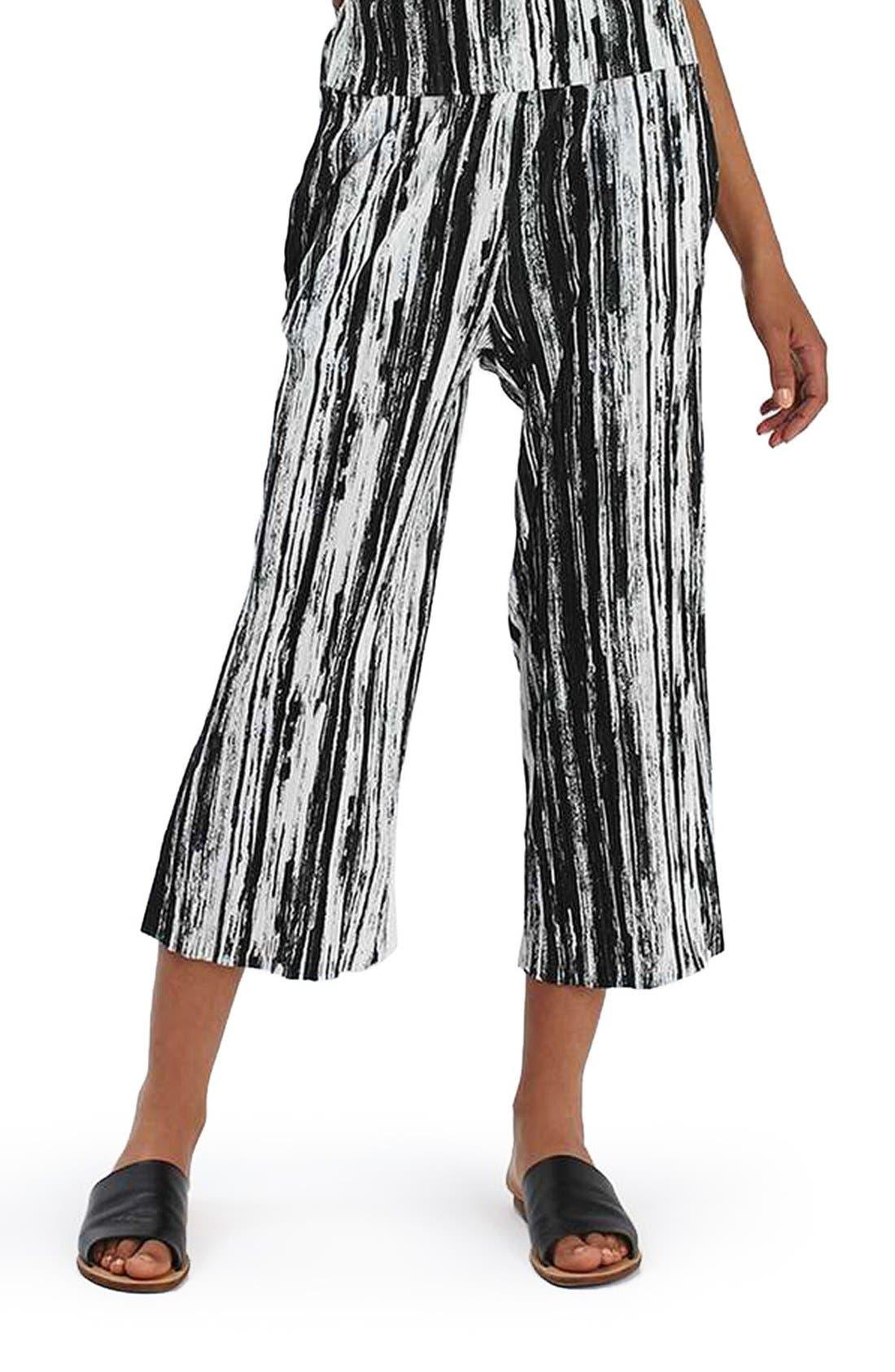 Main Image - Topshop Scratch Stripe Plissé Trousers (Petite)