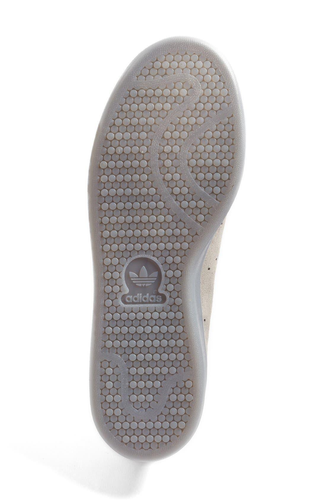 Alternate Image 4  - adidas 'Stan Smith' Sneaker (Men)