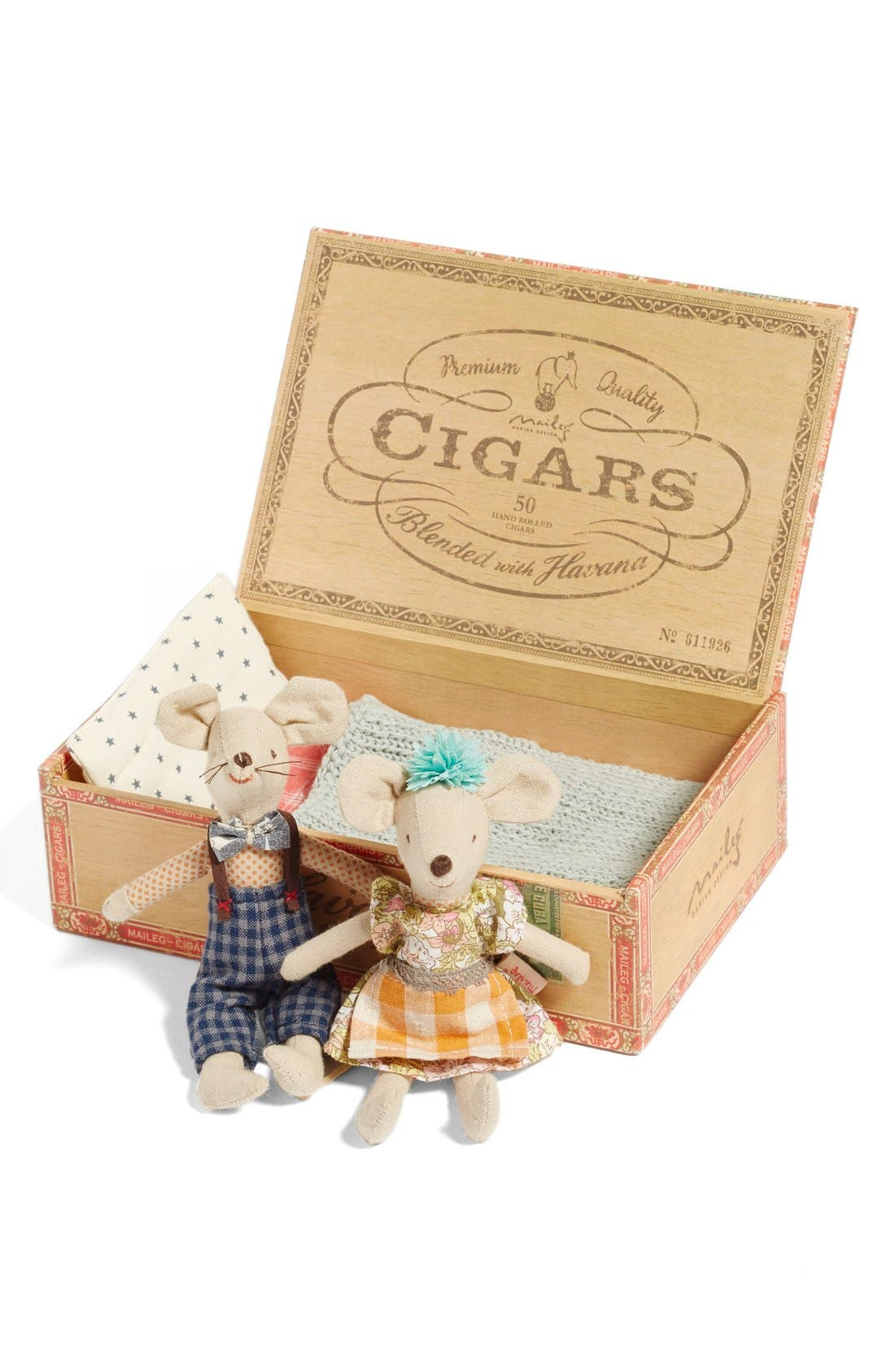 Mom & Dad Stuffed Toy Mice in a Box,                             Alternate thumbnail 4, color,                             Multi