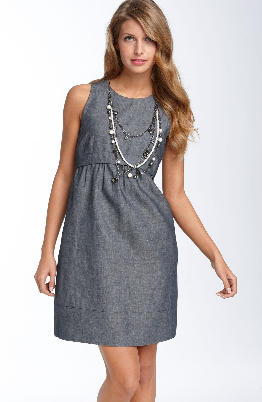 Main Image - Donna Morgan Necklace Chambray Dress