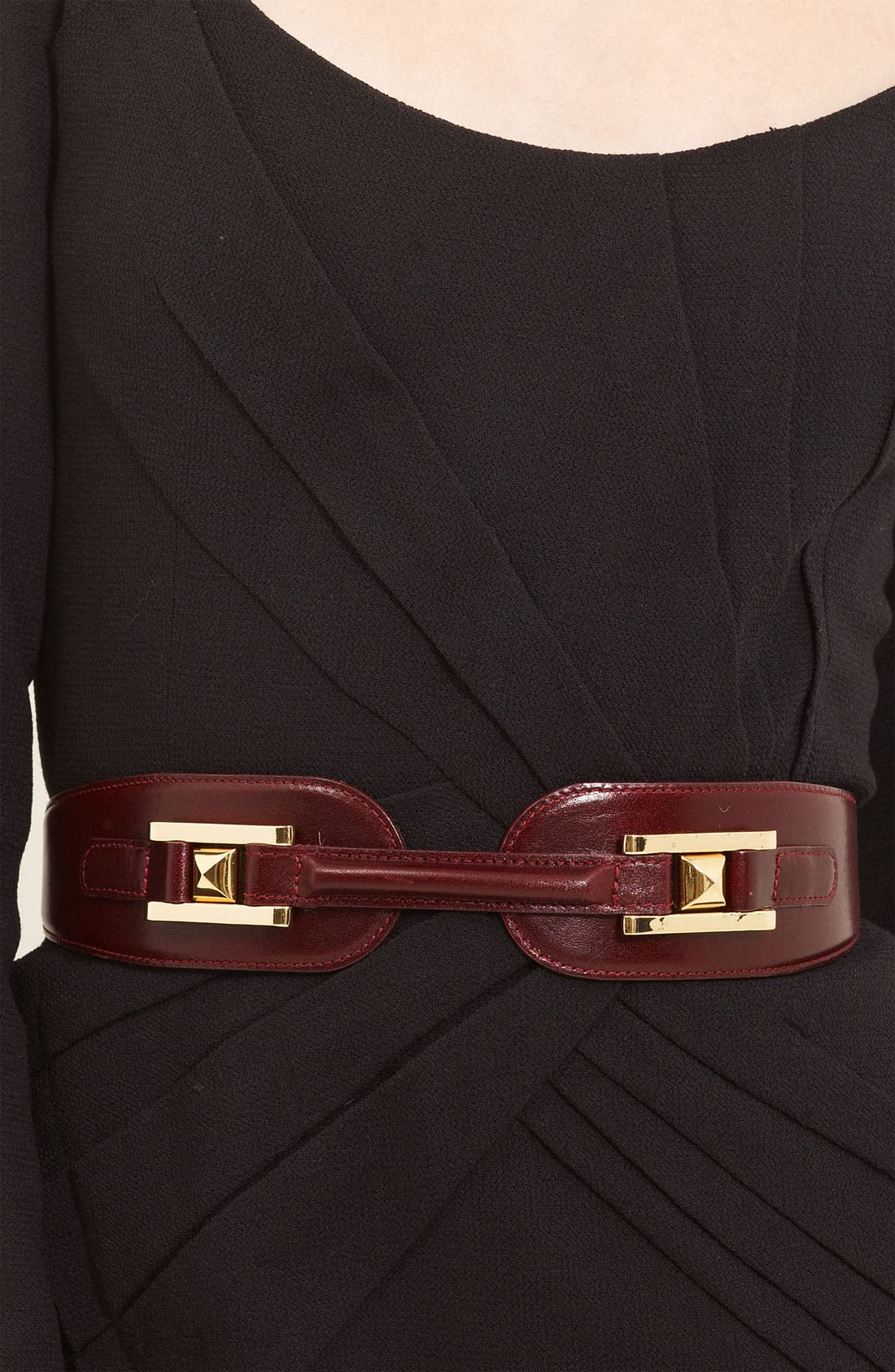 Alternate Image 2  - Oscar de la Renta Equestrian Buckle Belt