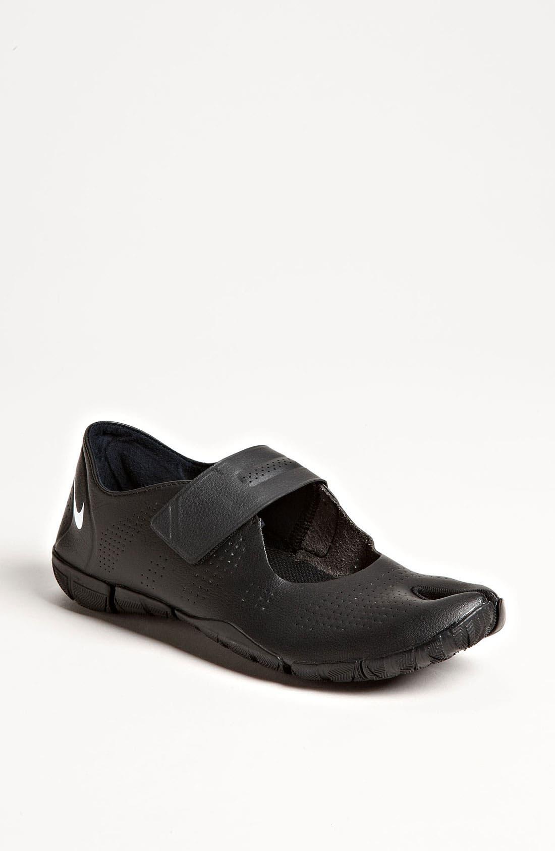 Alternate Image 1 Selected - Nike 'Free Gym' Training Shoe (Women)