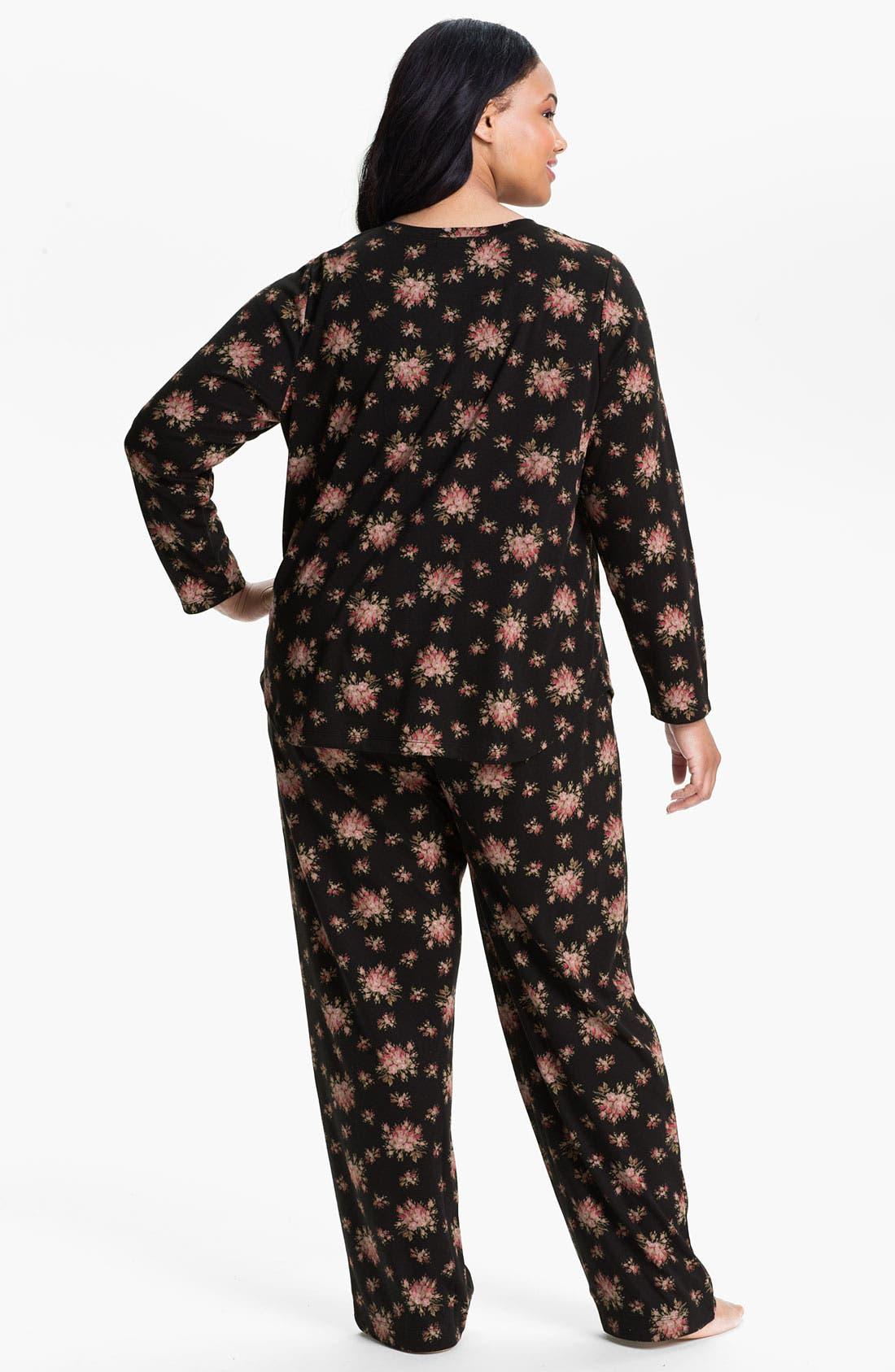 Alternate Image 2  - Carole Hochman Designs Interlock Knit Pajamas (Plus)