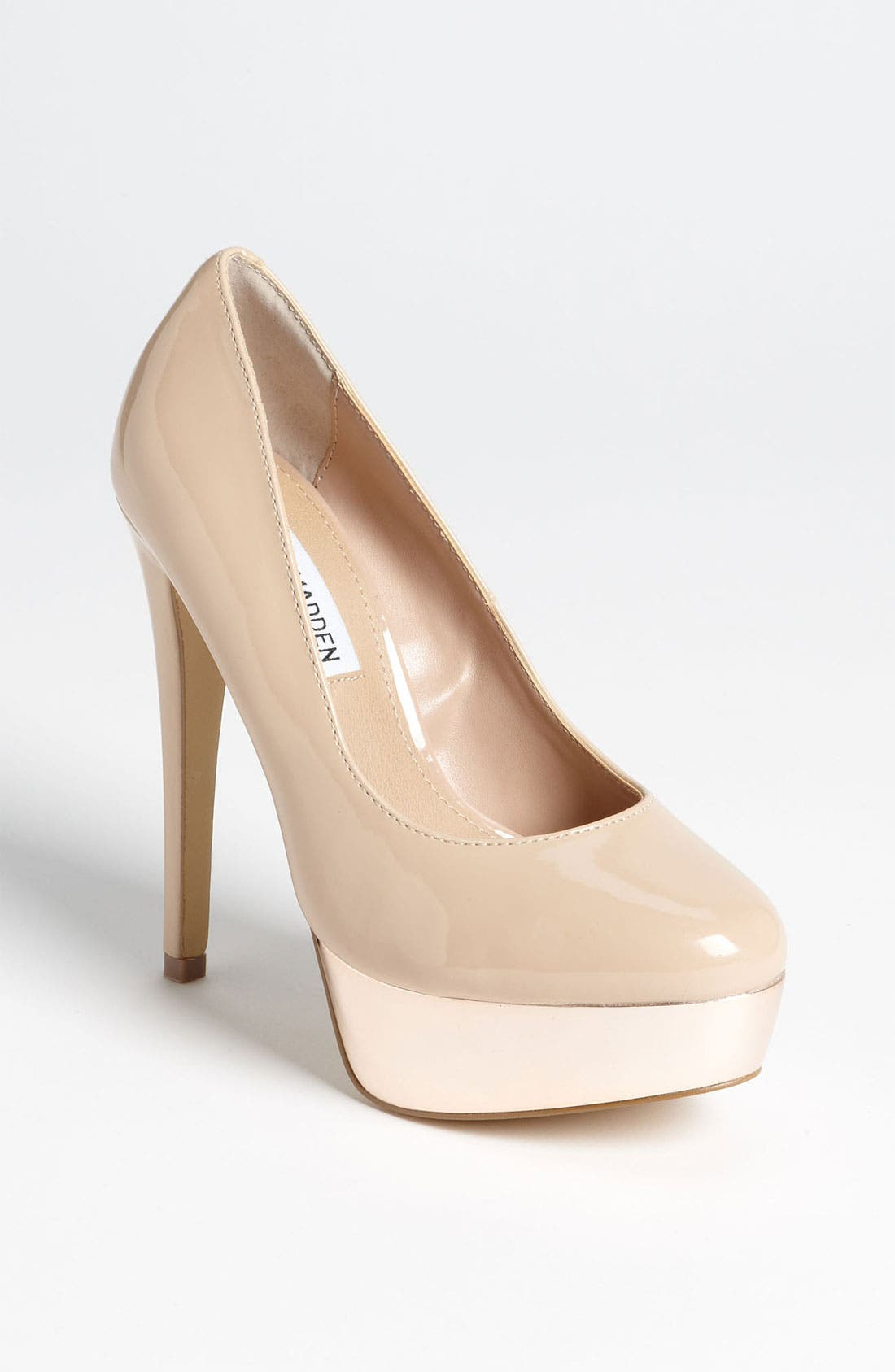 Alternate Image 1 Selected - Steve Madden 'Darrring' Pump