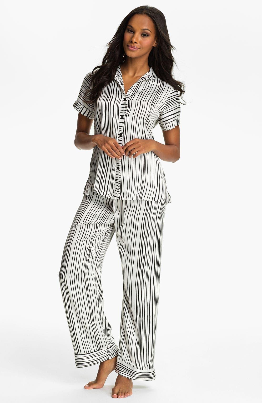 Main Image - Oscar de la Renta Sleepwear Stripe Charmeuse Pajamas