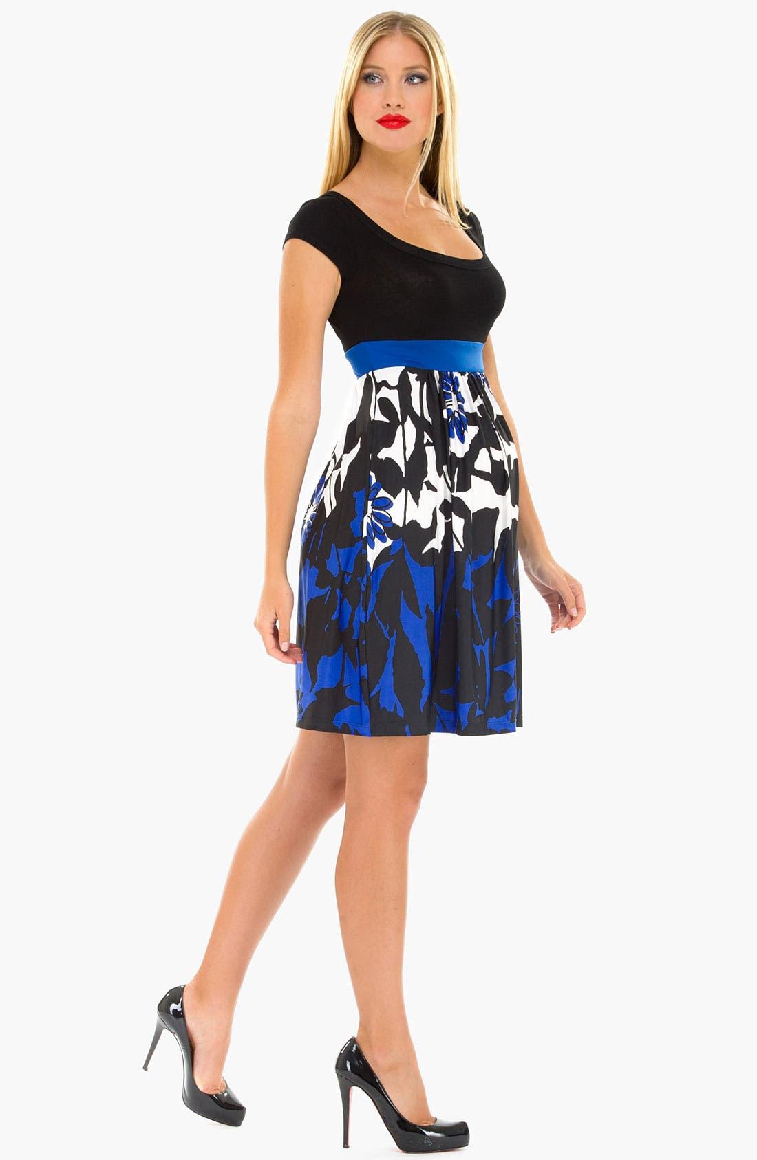 Alternate Image 3  - Olian 'Arabesque' Print Maternity Dress