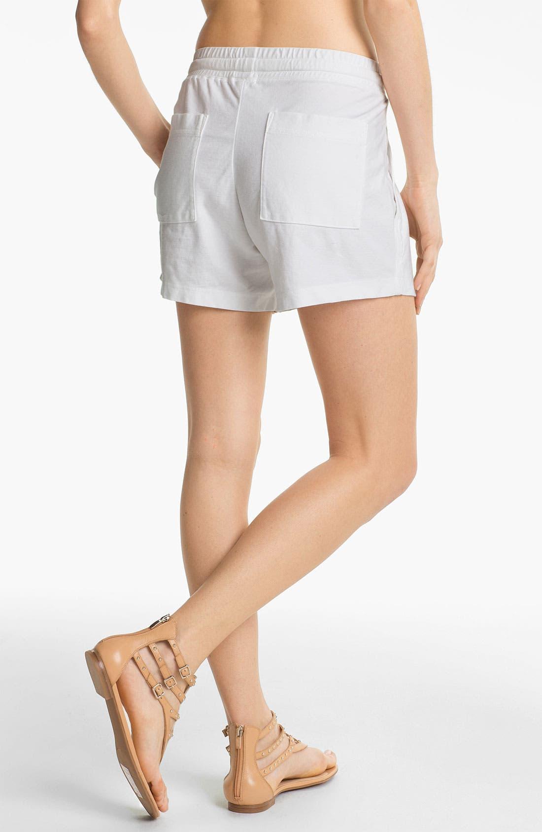 Alternate Image 2  - James Perse Pleated Surplus Shorts