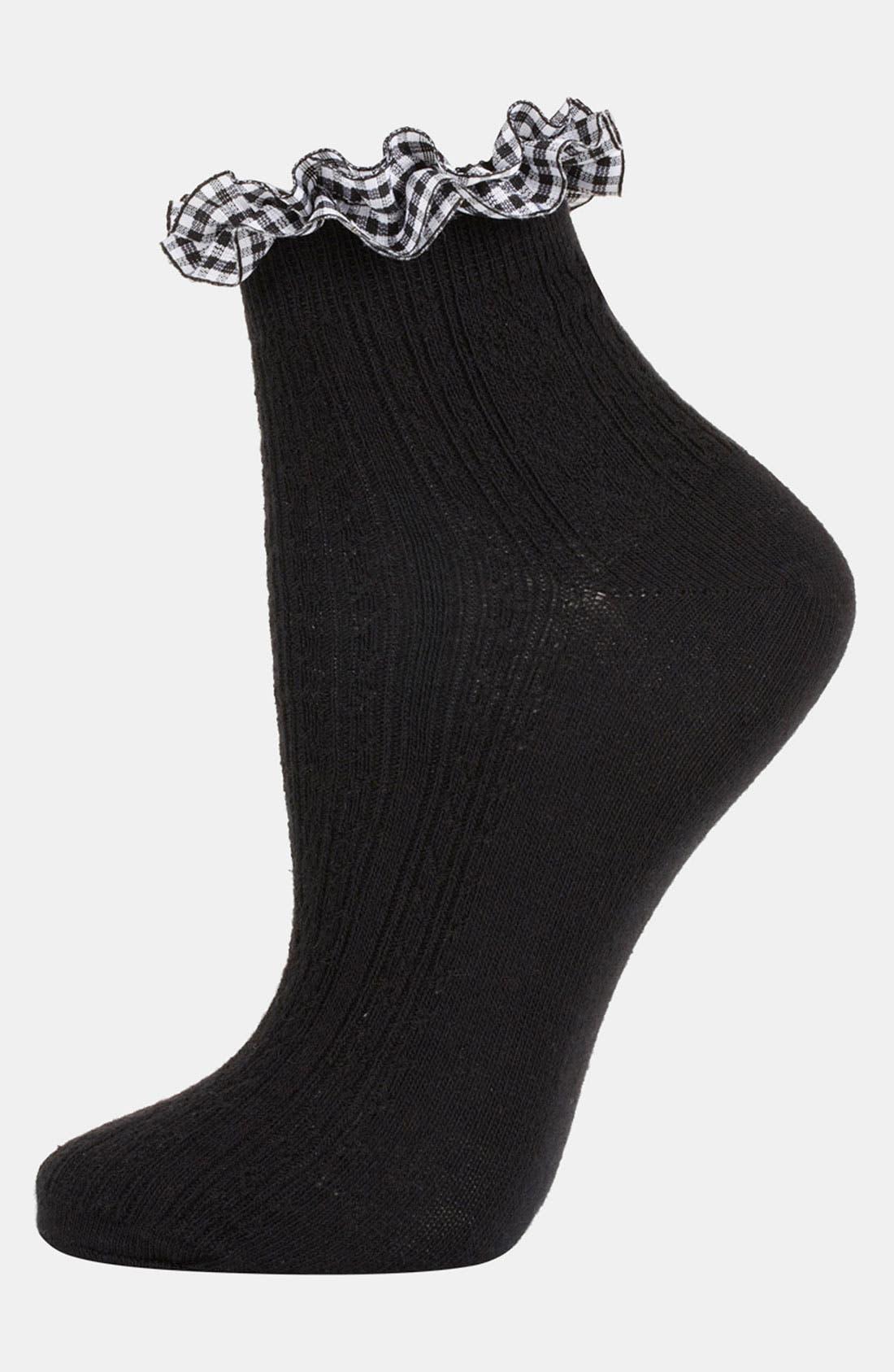 Main Image - Topshop Gingham Trim Ankle Socks